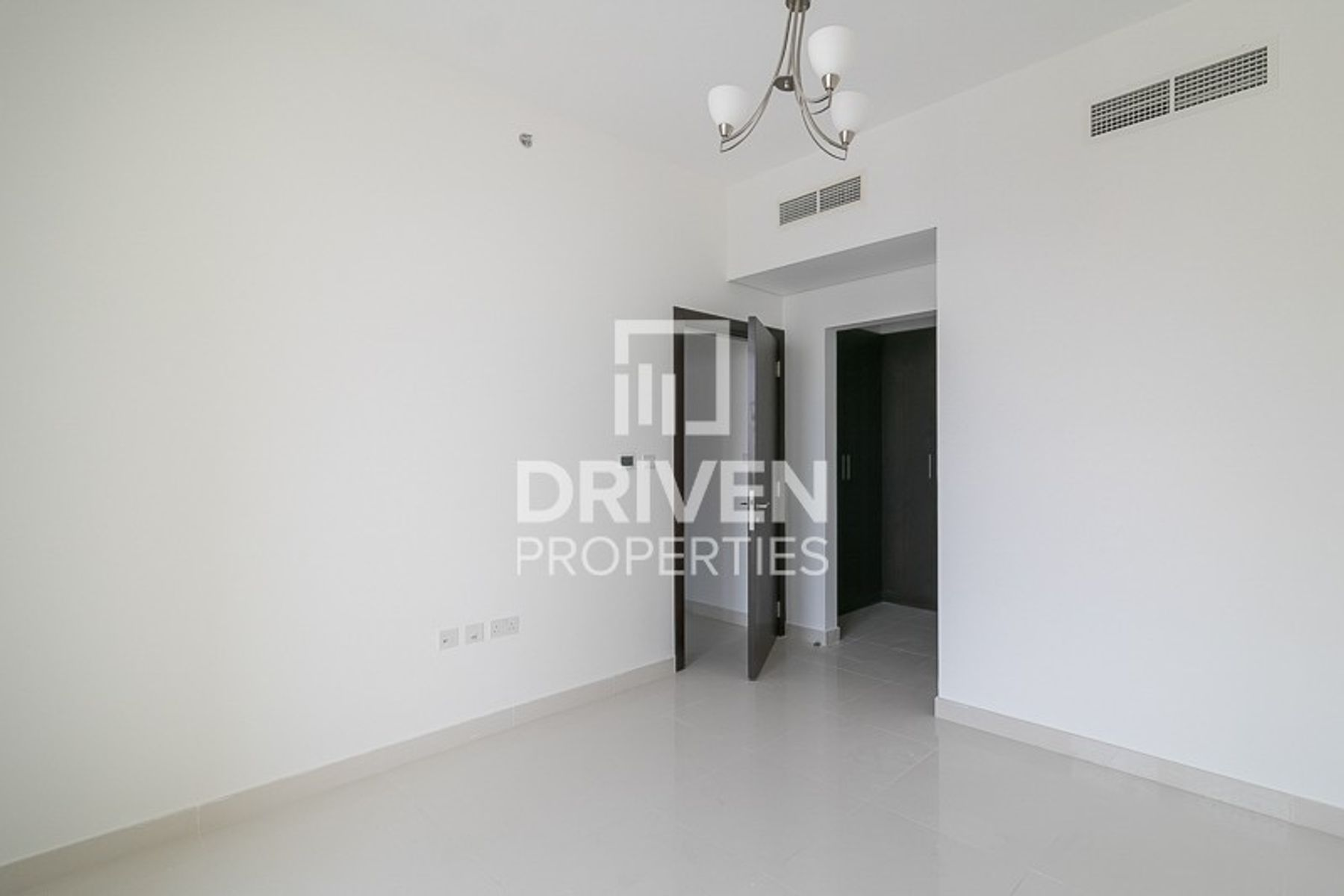 New 2 Bedroom Apartment | Close to Metro