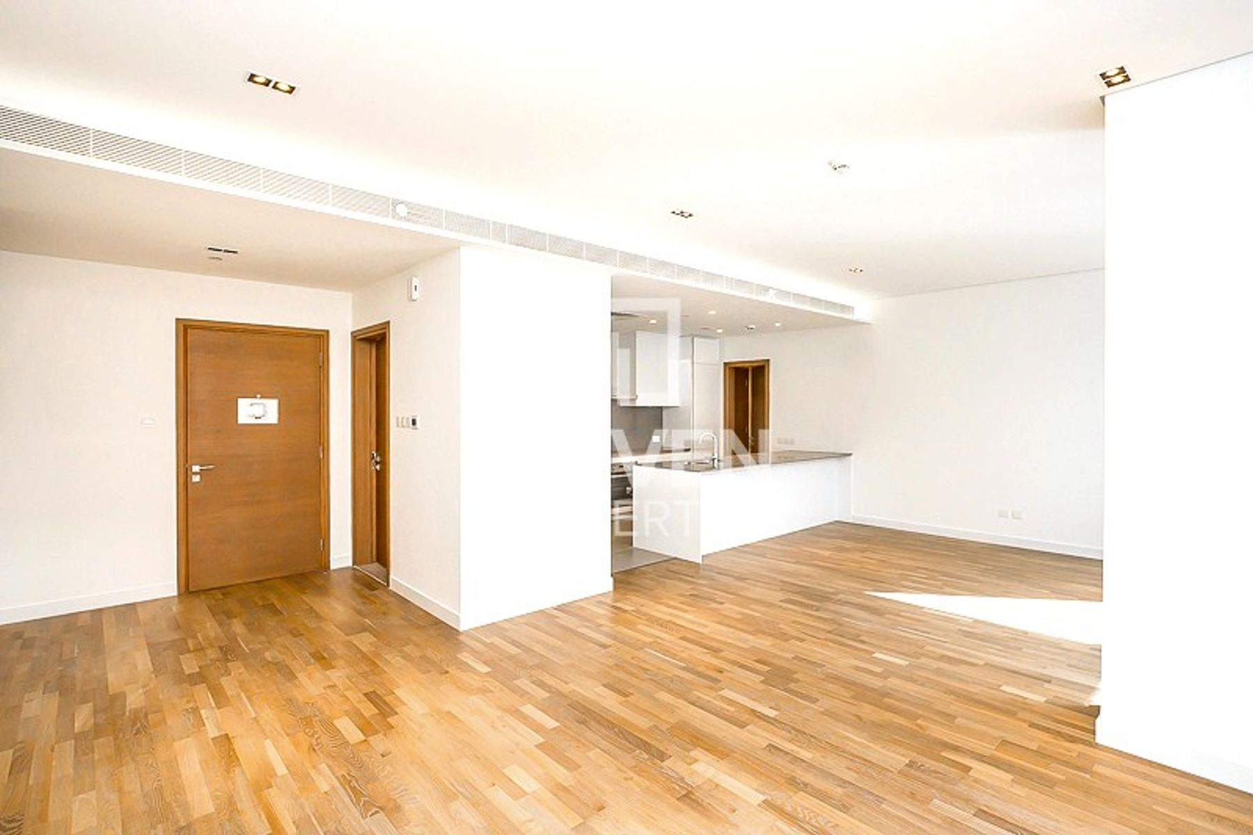 Internal Boulevard View, Great Layout, 2 Bed