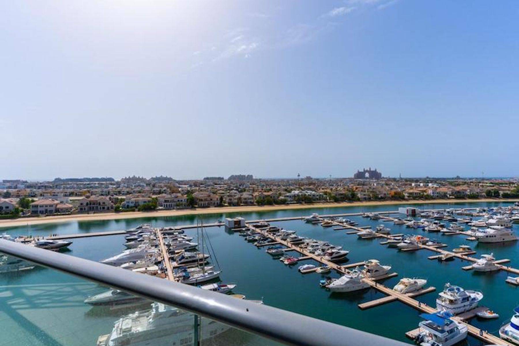 Bright 3 Bed Apt | Full Sea and Atlantis