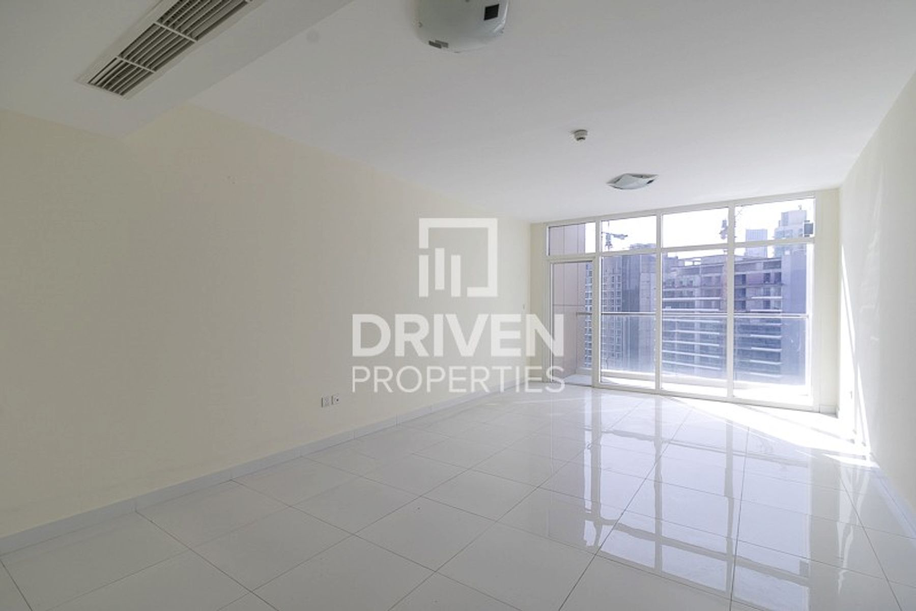 Apartment for Rent in Coral Tower, Business Bay