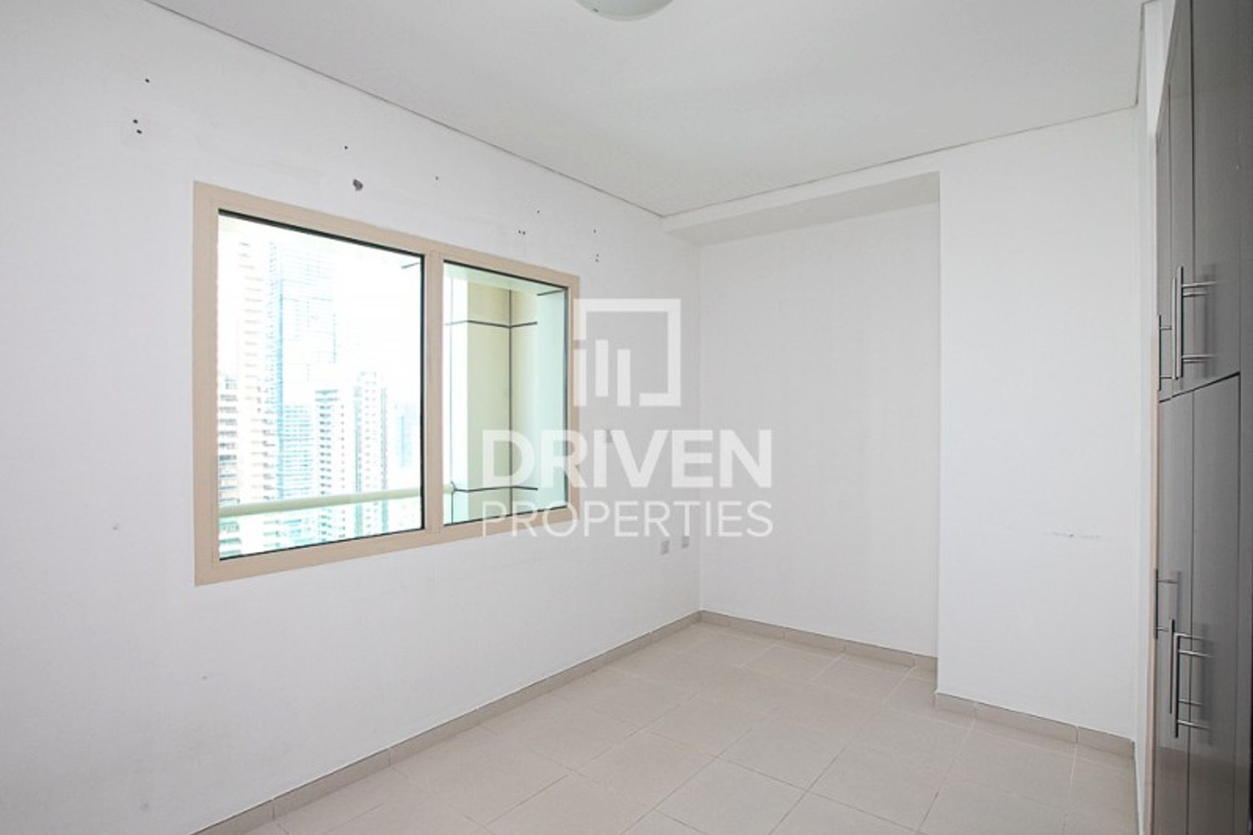 Apartment for Rent in The Royal Oceanic - Dubai Marina