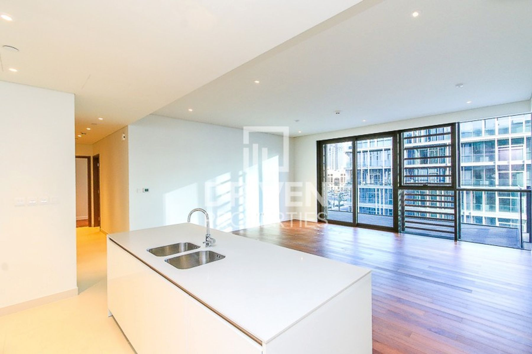 Stunning and High Floor Unit | Arena View