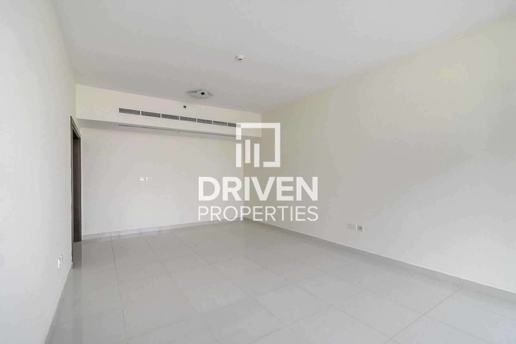 Apartment for Rent in Coral Tower - Business Bay