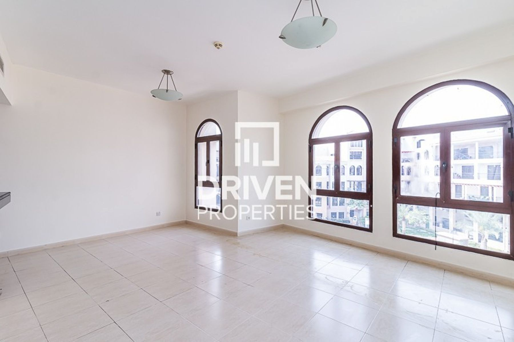 Impressive and Huge 1 Bedroom  Apartment