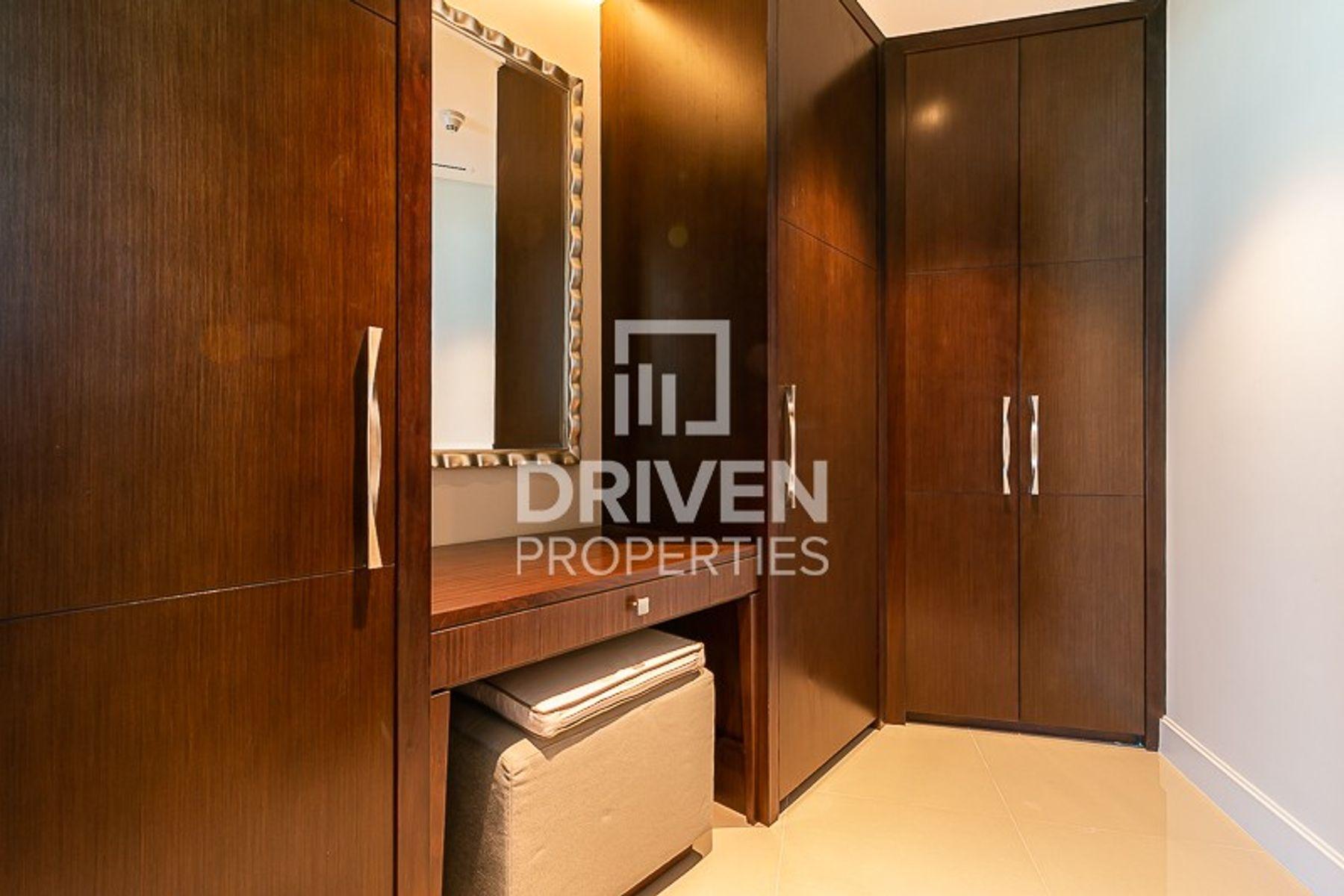 للايجار - شقة - العنوان رزيدنس فاونتن فيوز 1 - دبي وسط المدينة