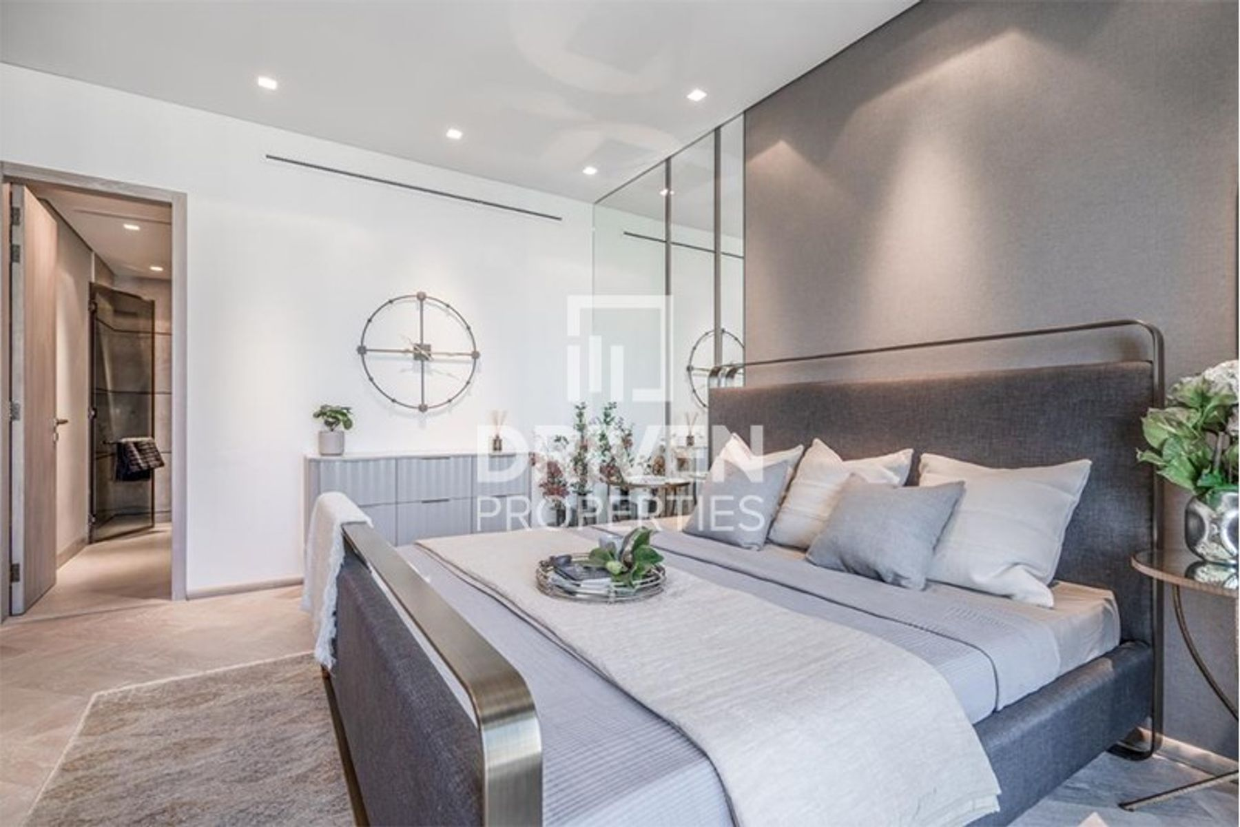 Stunning 1 Bed Apartment | Prime Location