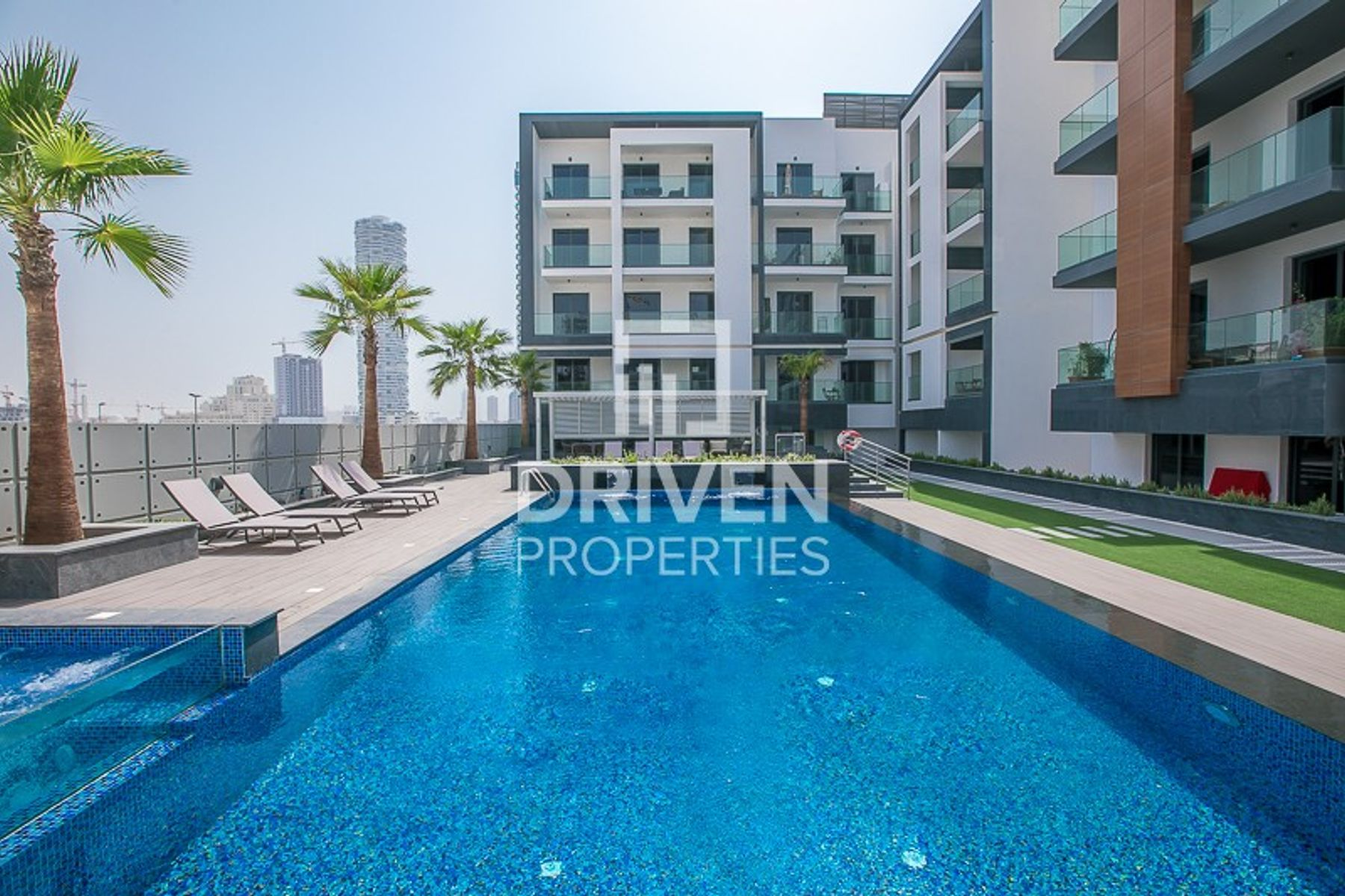 Spacious | 1Bedroom Apartment | Pool View