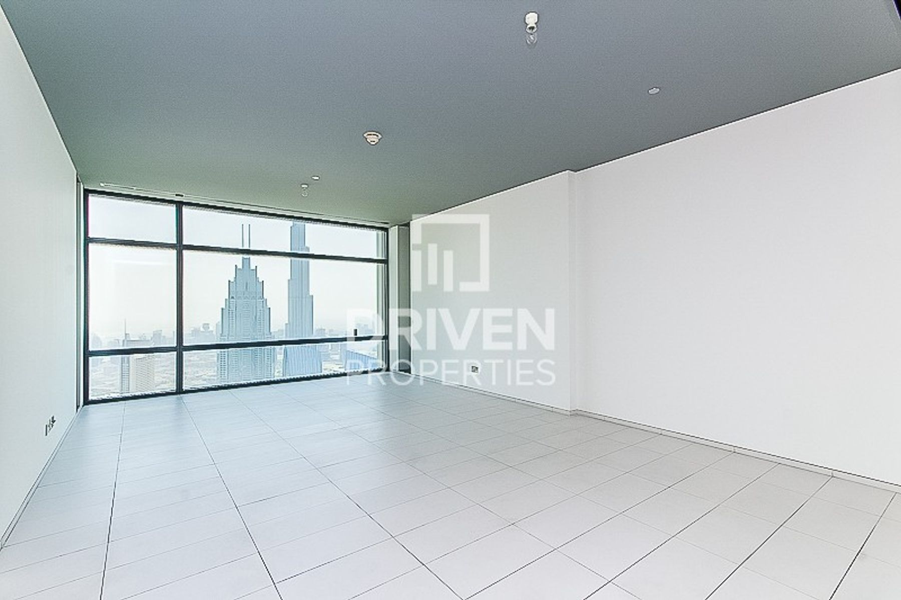 Amazing 2 Bed Unit | Facing Burj and Zabeel