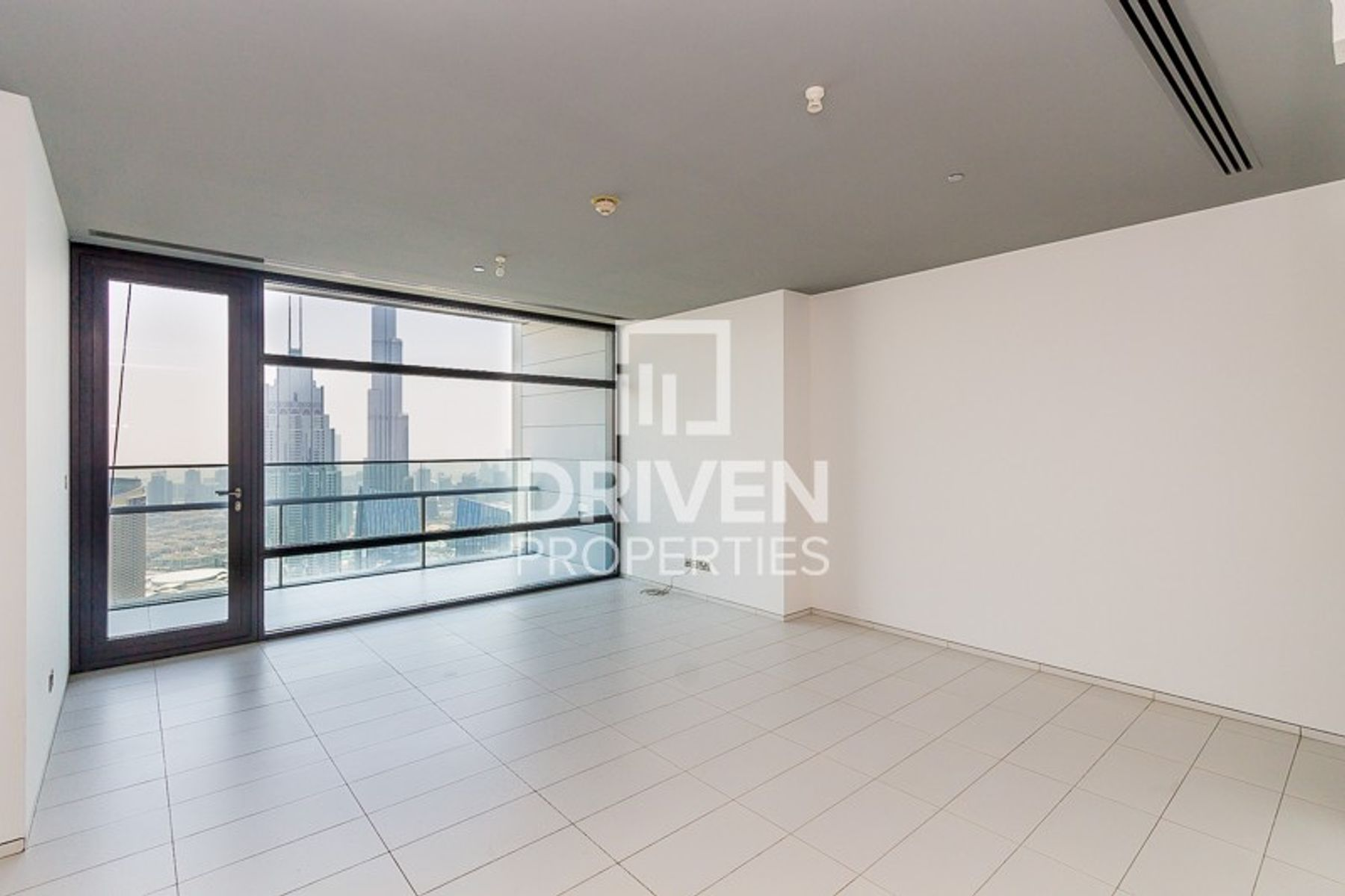 Higher floor | 2 Bed Apt with Great View