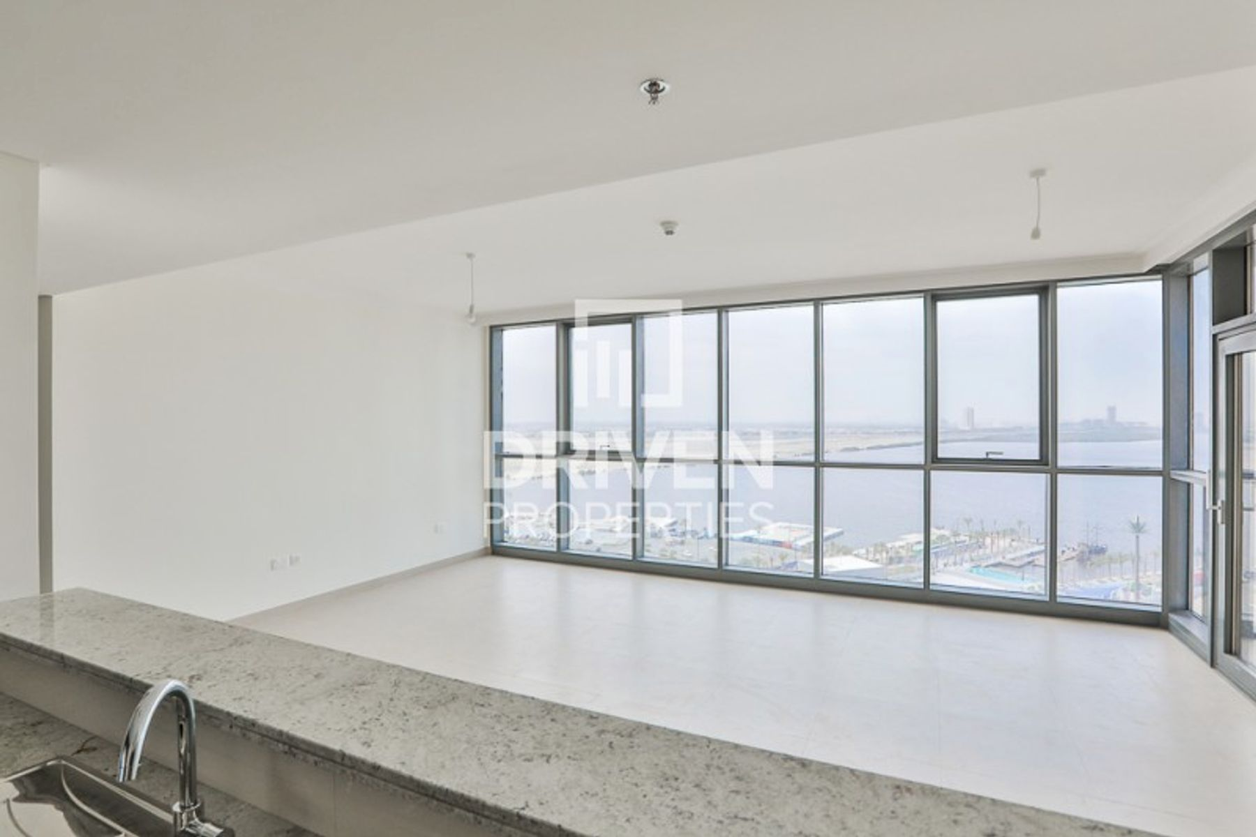 Stunning 2 Bed Apartment in Creek Harbour