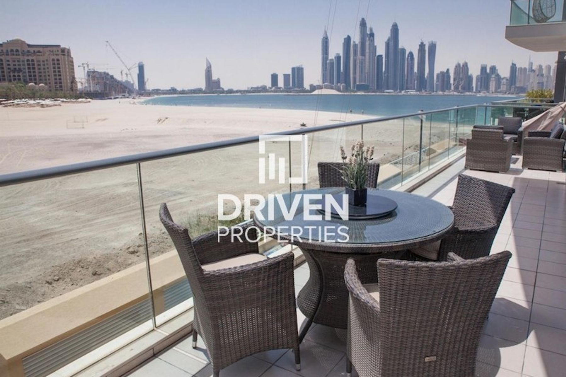Well-managed Apt with Sea and Marina View