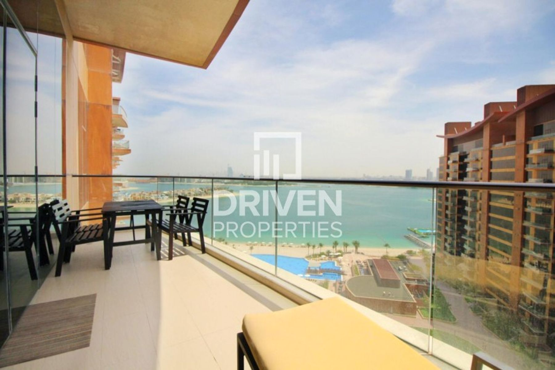 Fully Furnished 1 Bedroom Apt | Sea View