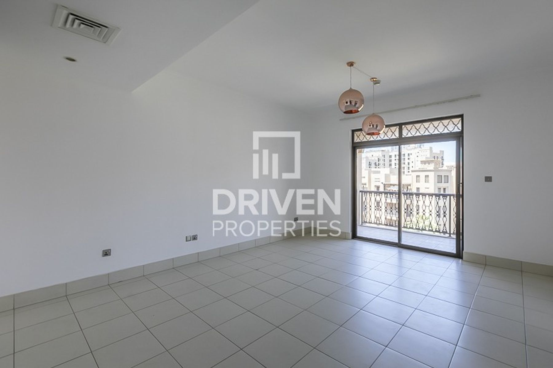Stunning | Spacious | 2 Bedroom Apartment