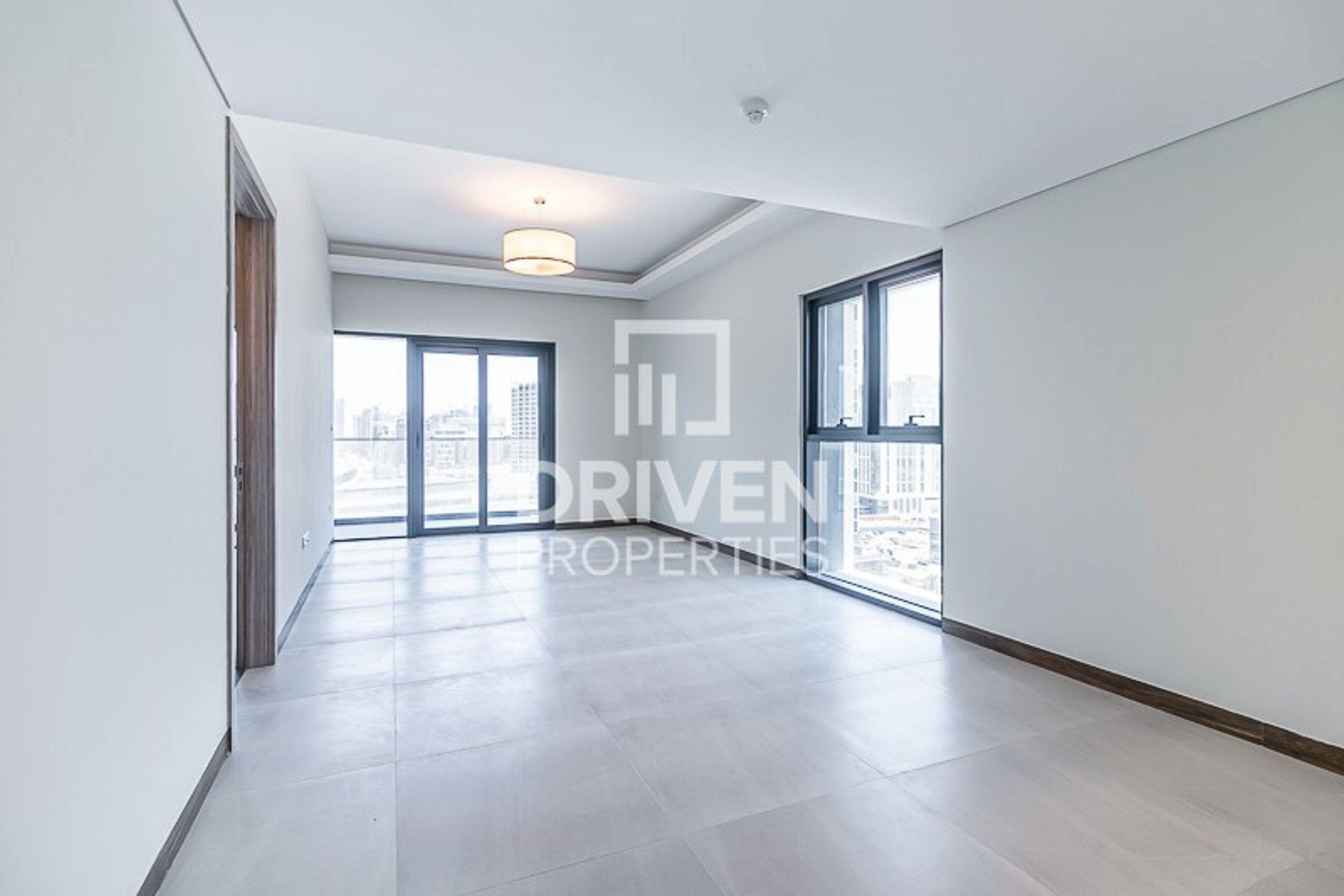 Impressive 1 Bedroom Apartment, New Building