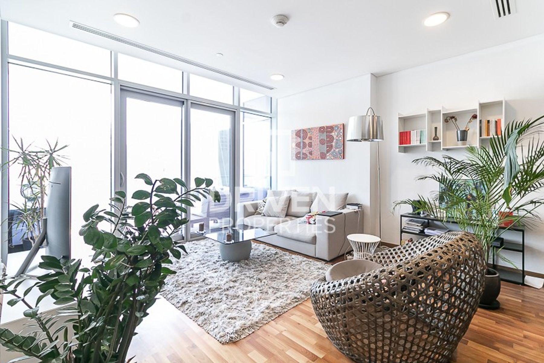 893 قدم مربع  شقة - للبيع - مركز دبي المالي العالمي