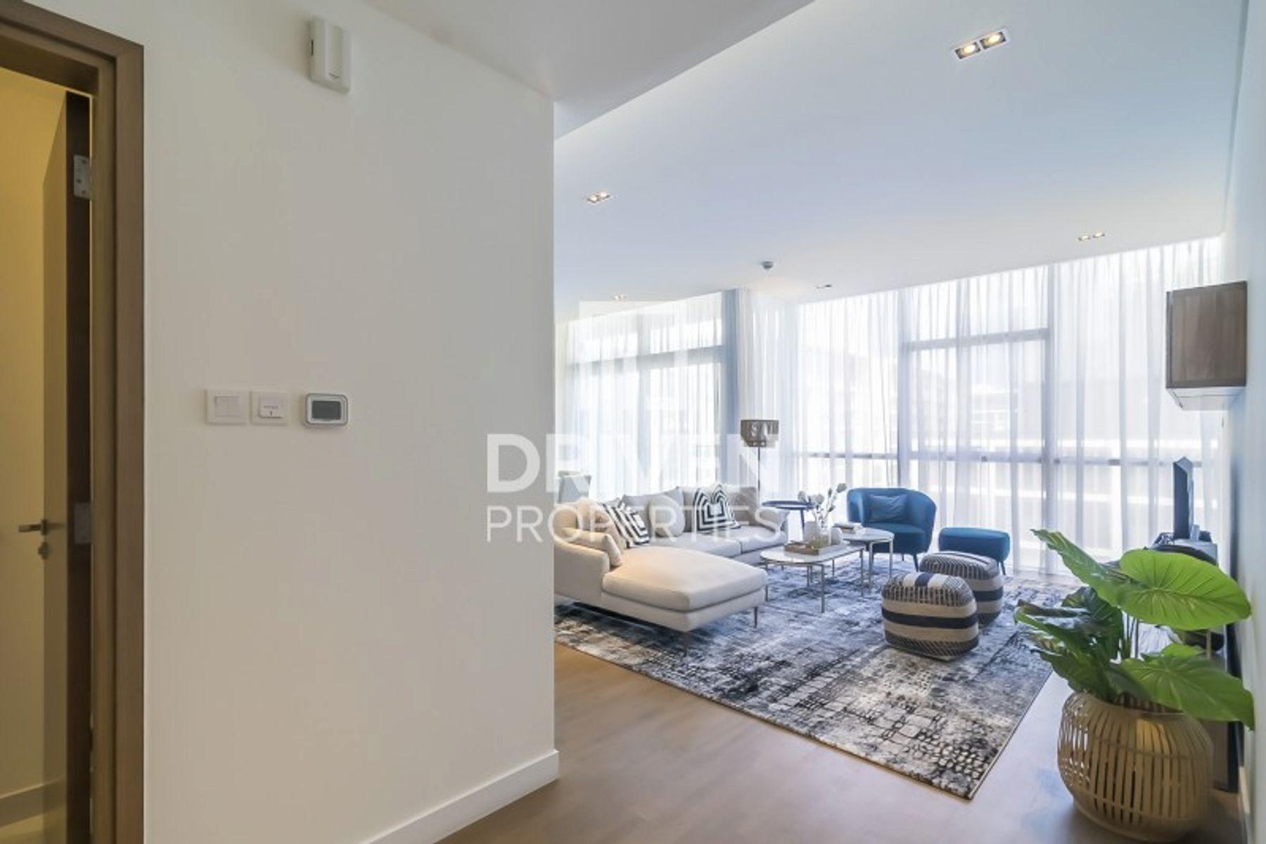للبيع - شقة - 16 بناية - سيتي ووك