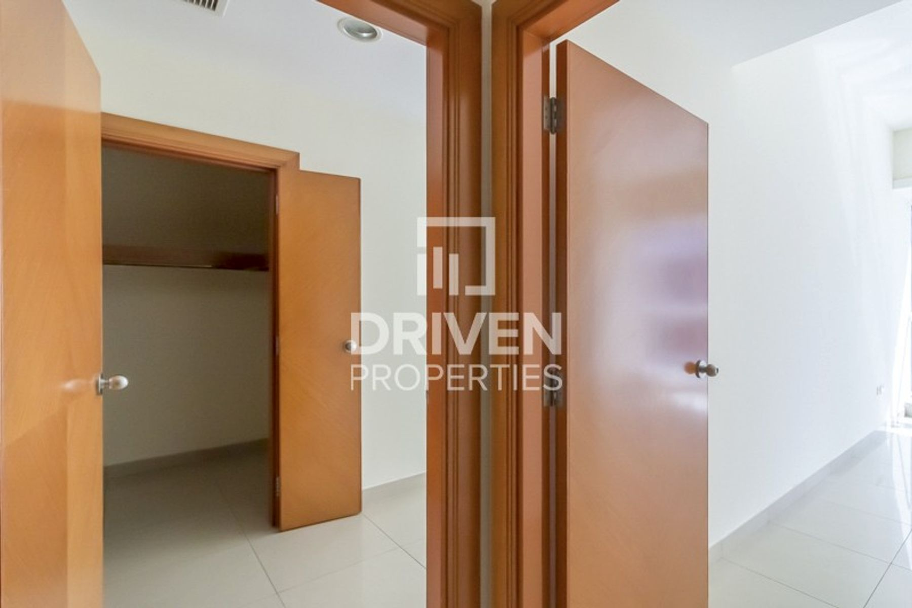 Close To Metro Station, Huge 2 Bed Apartment