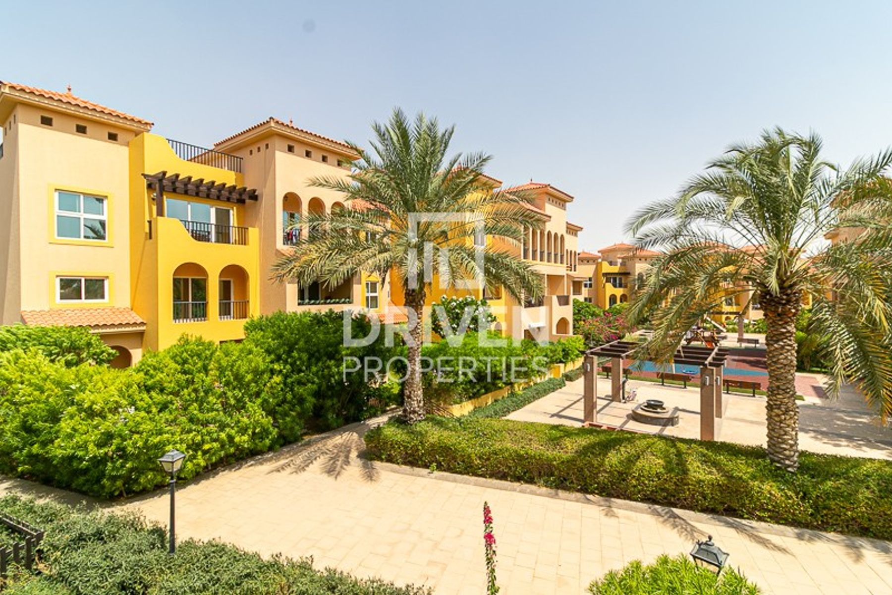 Stunning 3 Bed Apartment in Layan Community