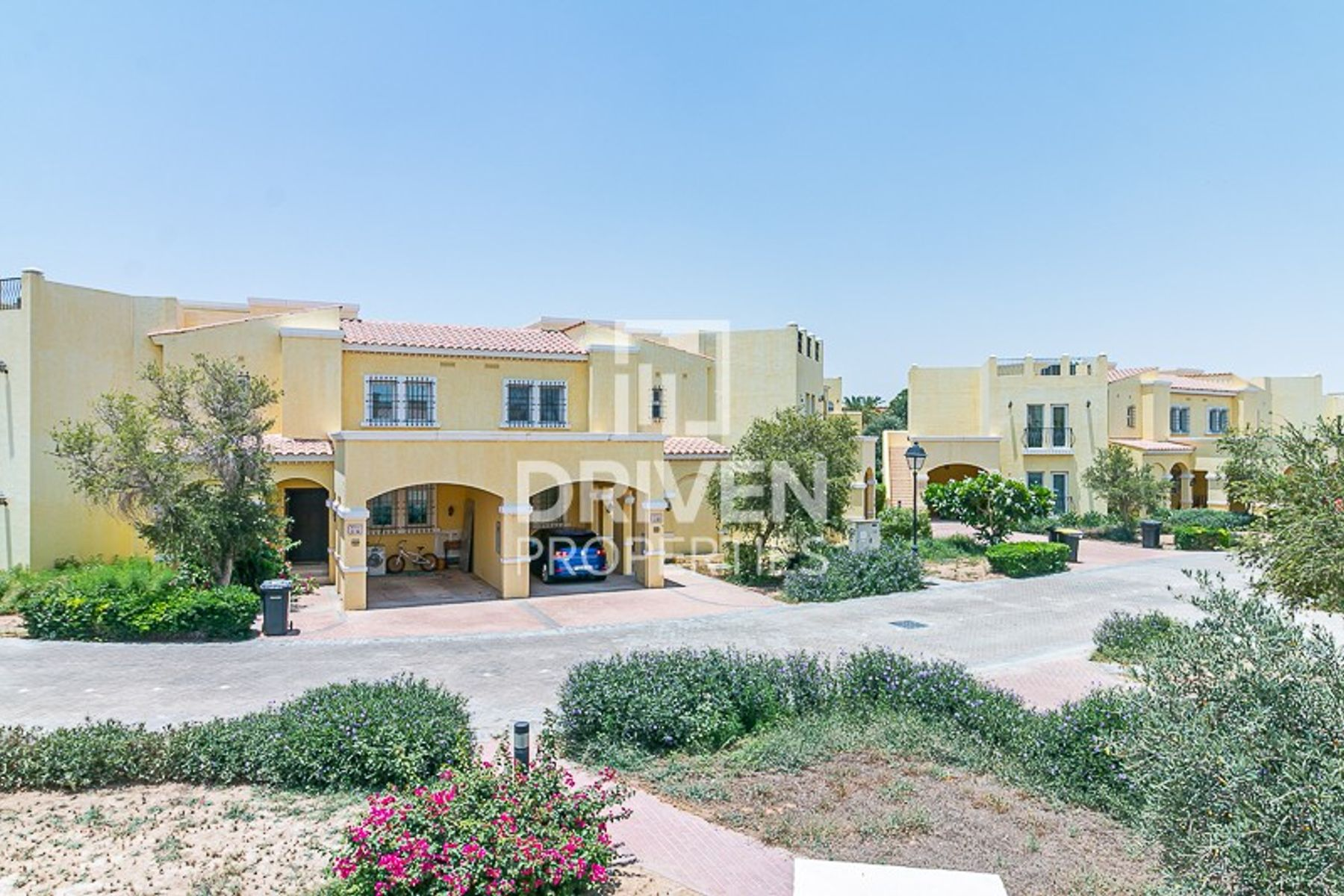 للبيع - تاون هاوس - فلل الواحة - دبي لاند