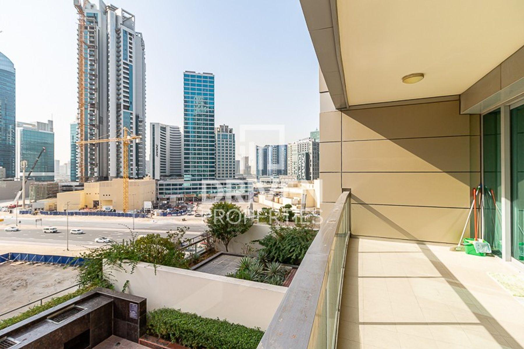 للايجار - شقة - 8 بوليفارد ووك - دبي وسط المدينة