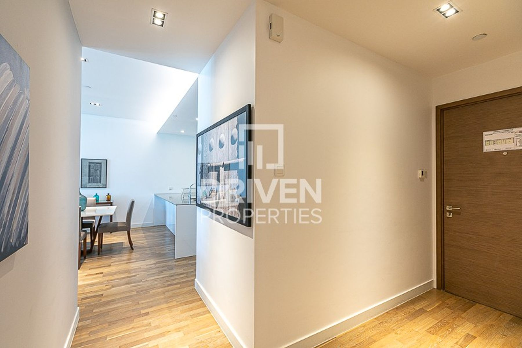 High-Quality Finishes, Furnished 1 Bed Unit