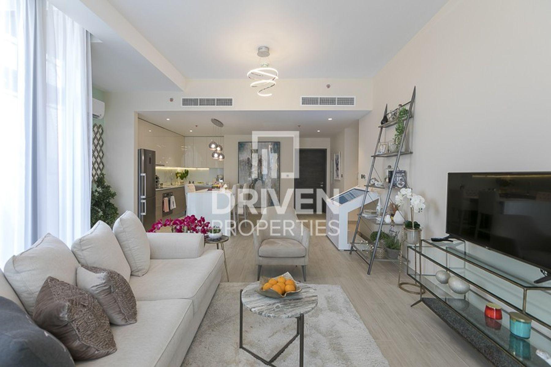Beautiful Design Apartment in Prime Location