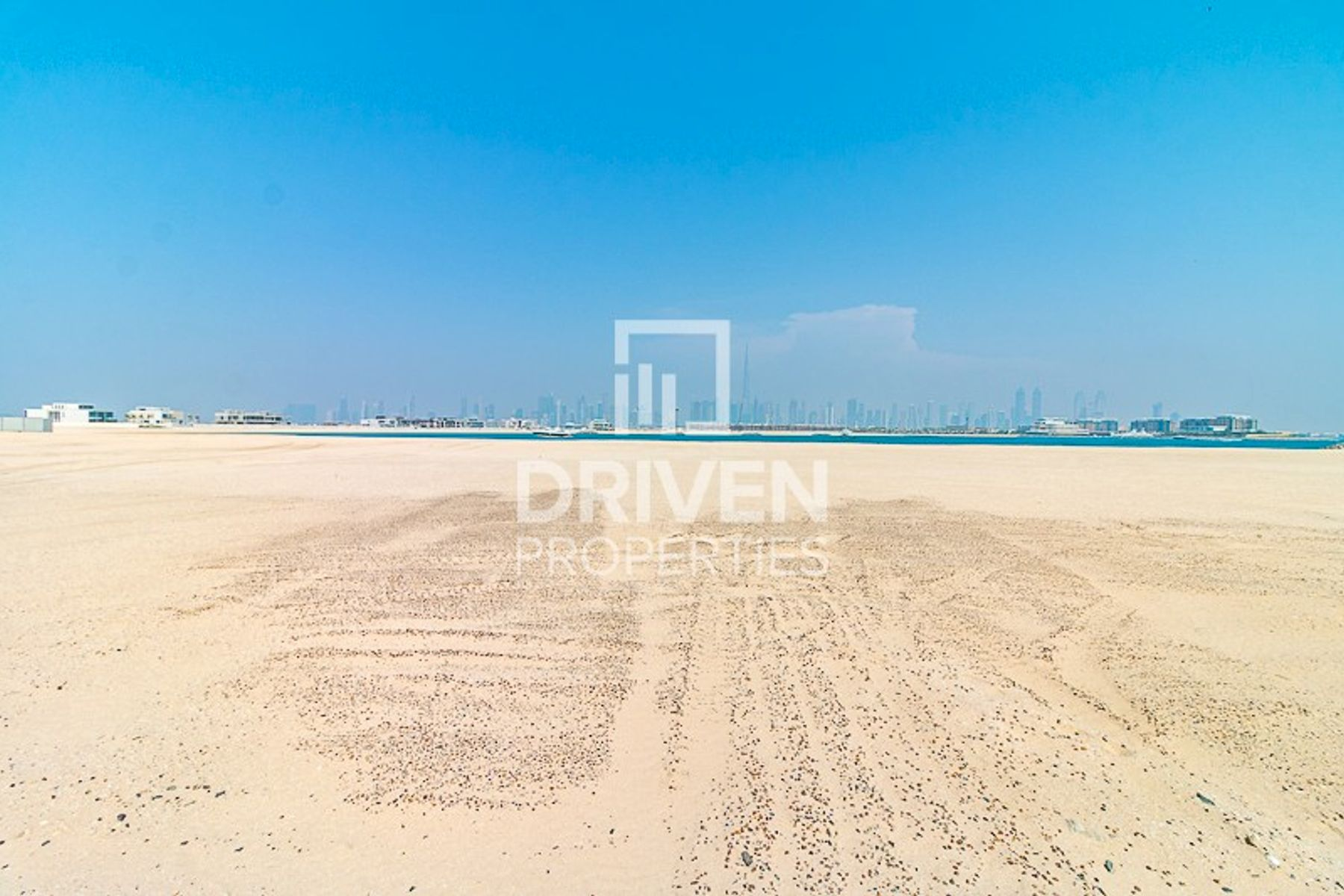 Large Residential Plot in Jumeirah Bay Island