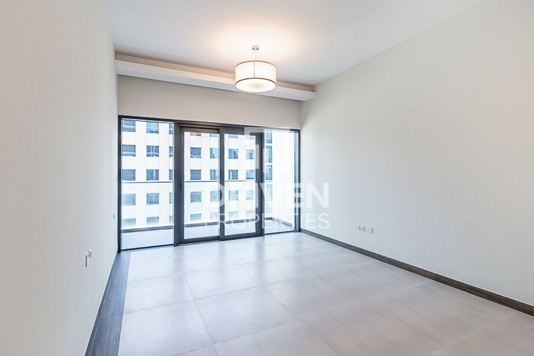 Brand New | Spacious Balcony | 6Cheques