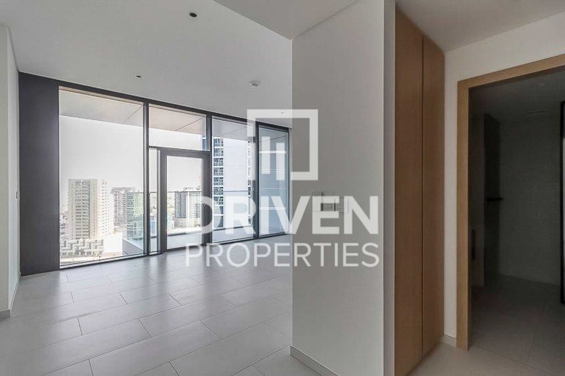 Luxurious Studio Apartment in Business Bay