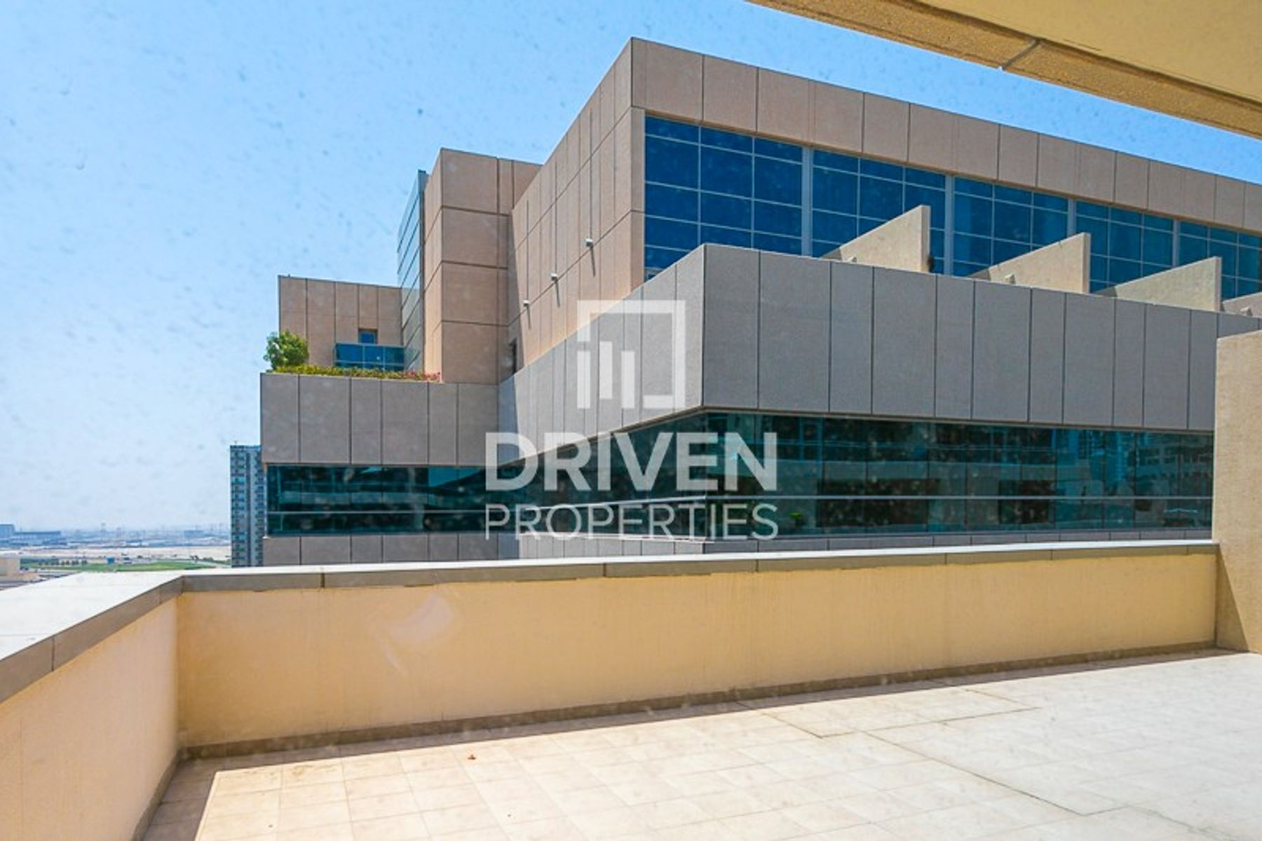 Huge 1 Bedroom Apartment | Price Negotiable
