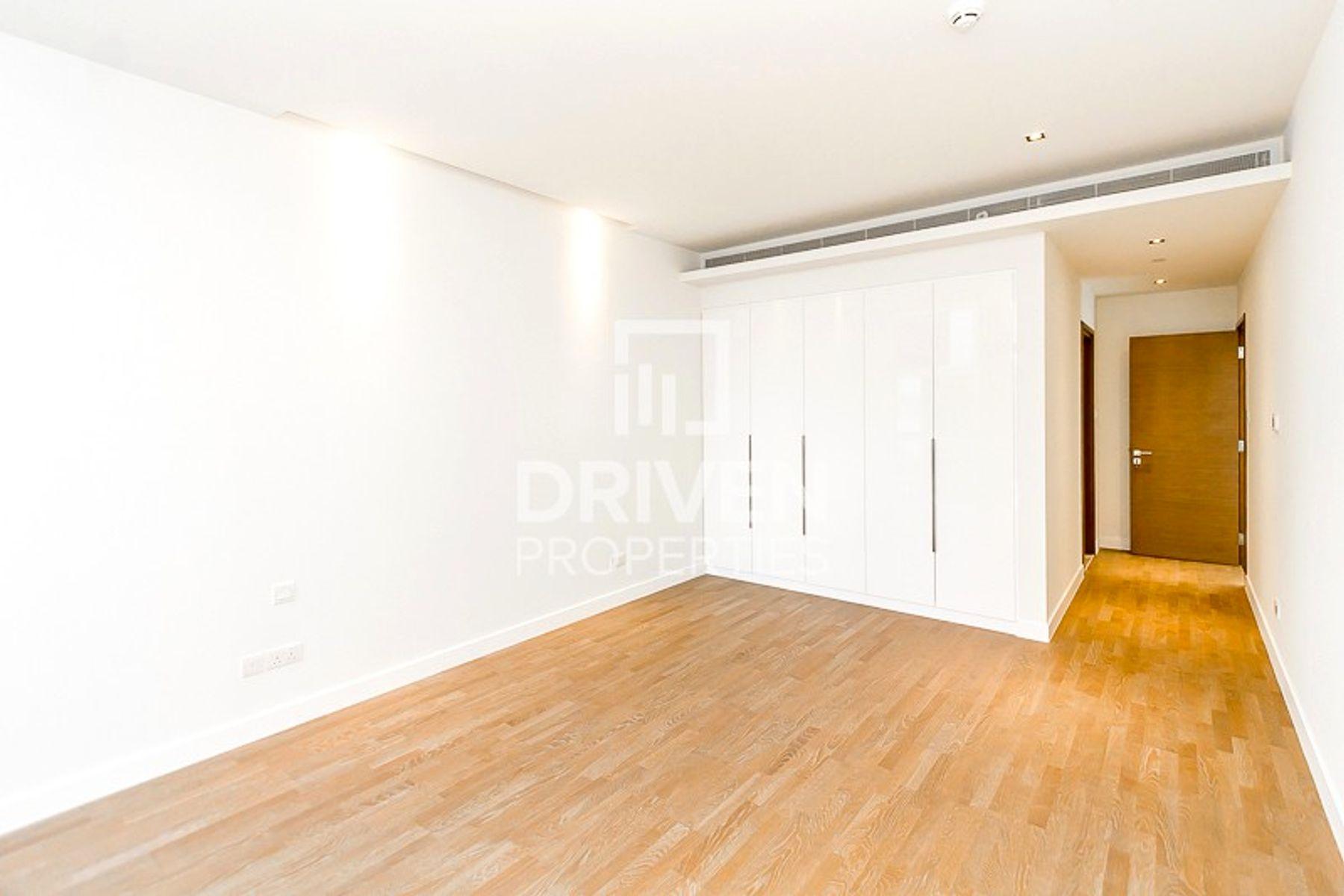للايجار - شقة - مبنى 15 - سيتي ووك