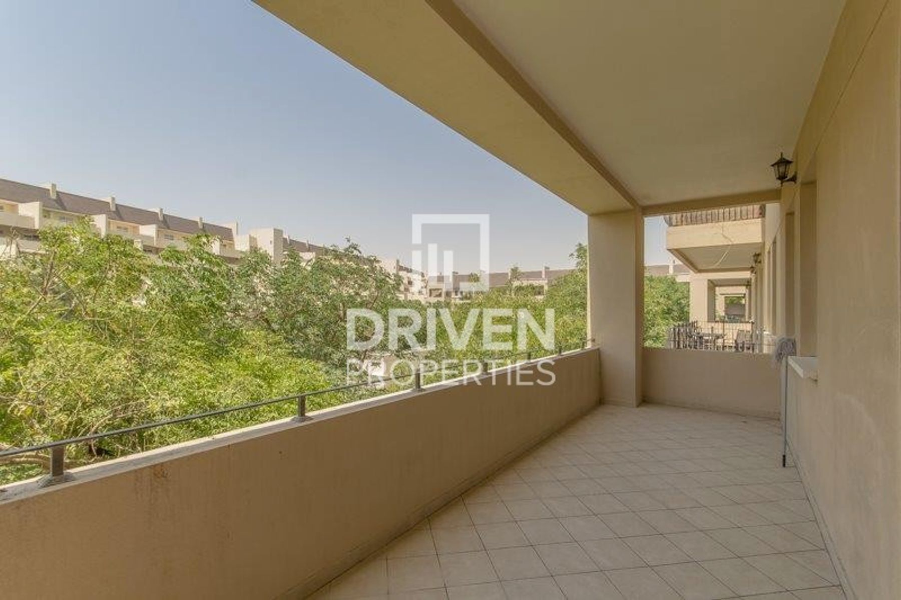 Garden View, Close to Pool & Park 2 Bed Apt