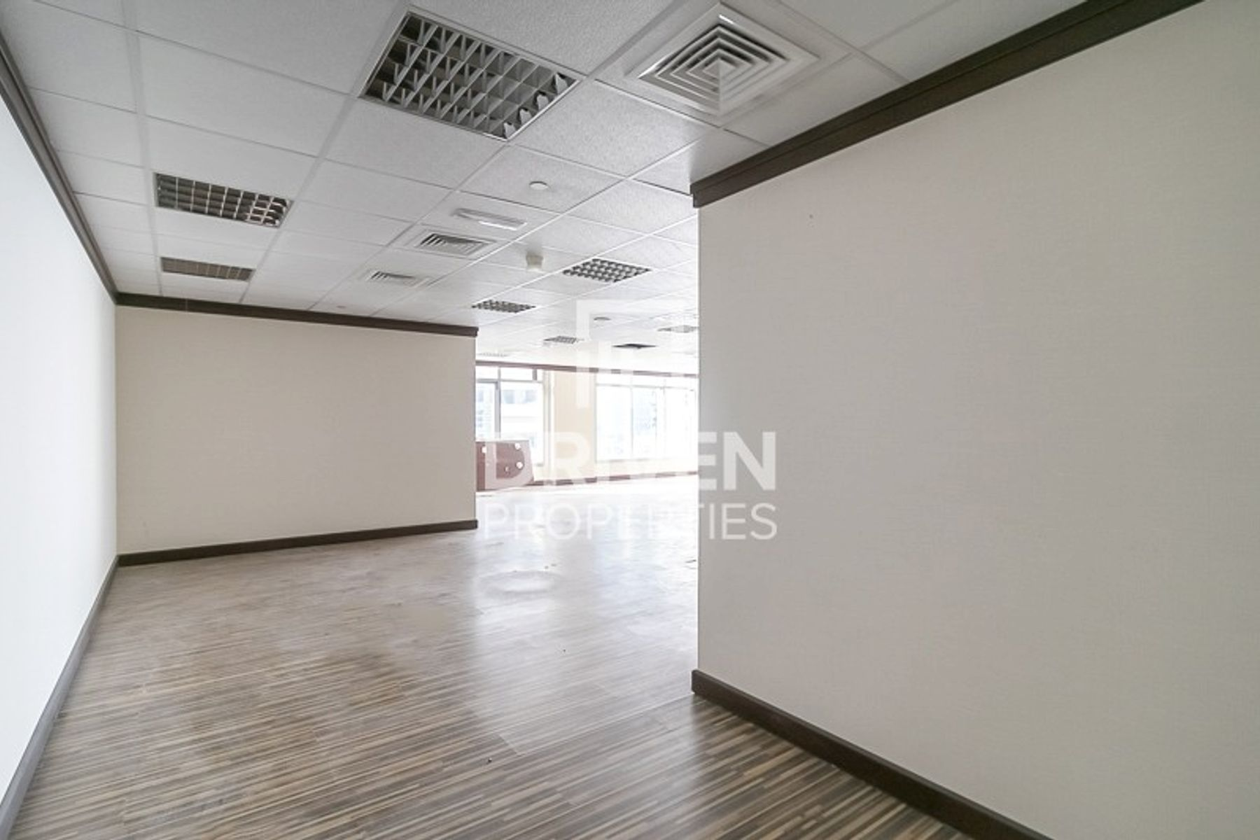Office for Sale in Grosvenor Business Tower - Barsha Heights (Tecom)