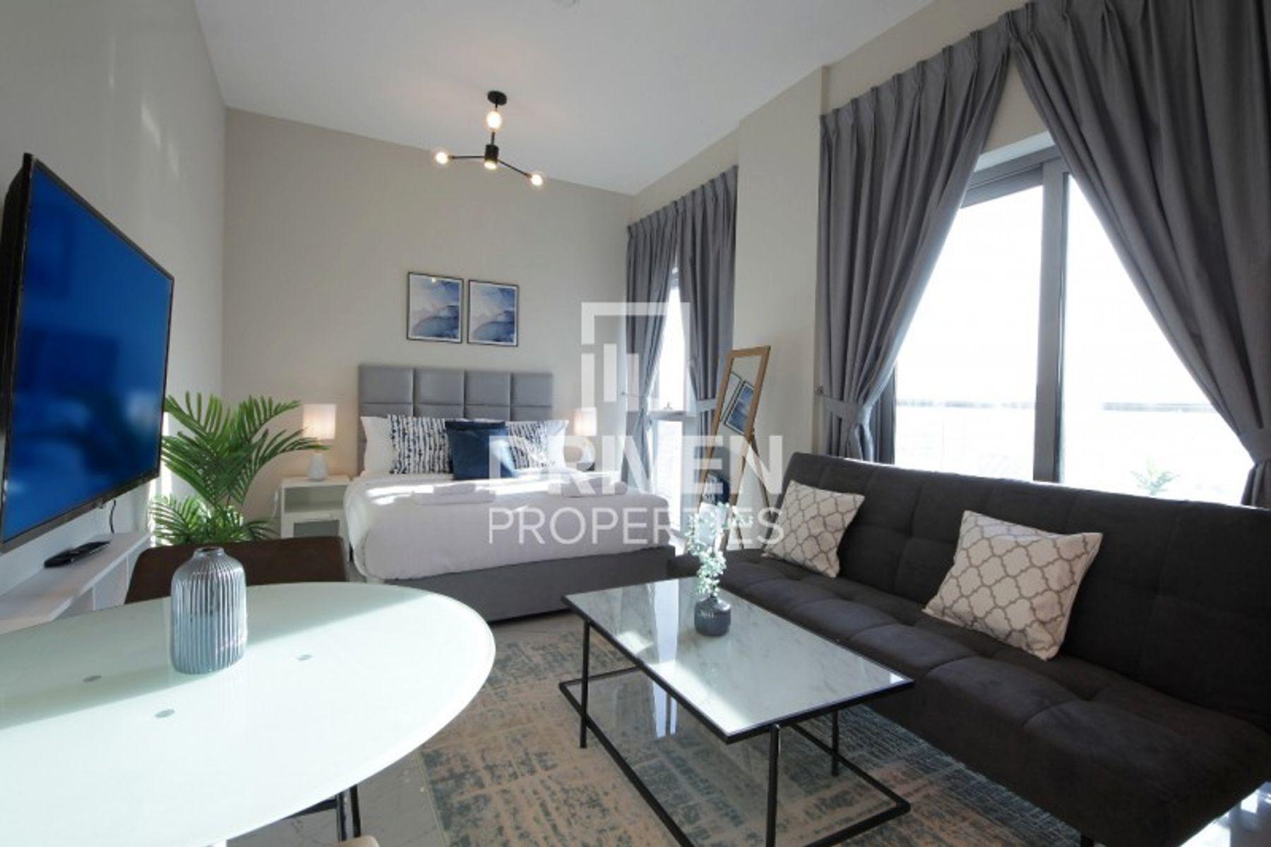 Amazing Fully Furnished Studio Apartment