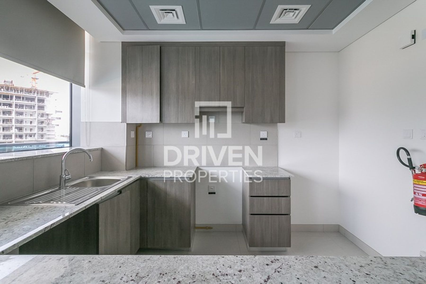 Modern Design | Chiller and 1 Month Free