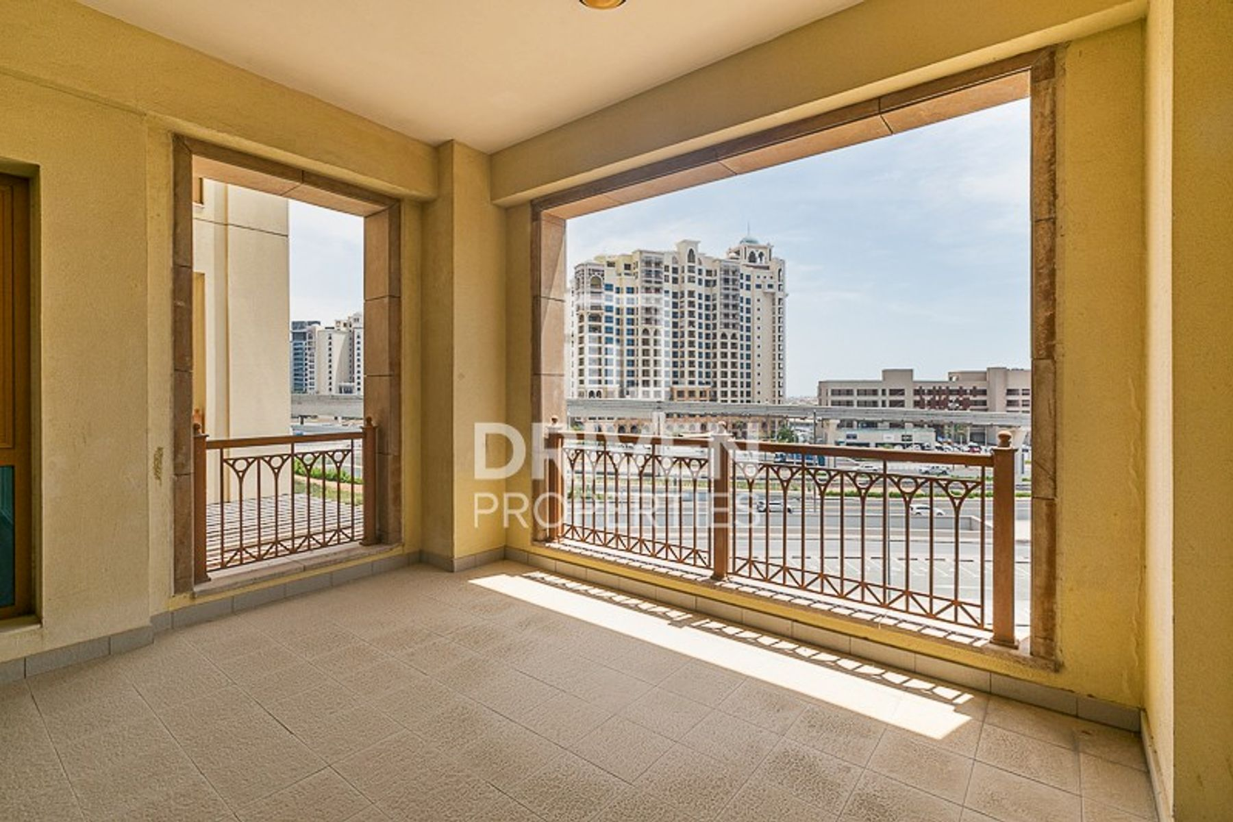 Lovely 2 Bedroom Apartment in Palm Jumeirah