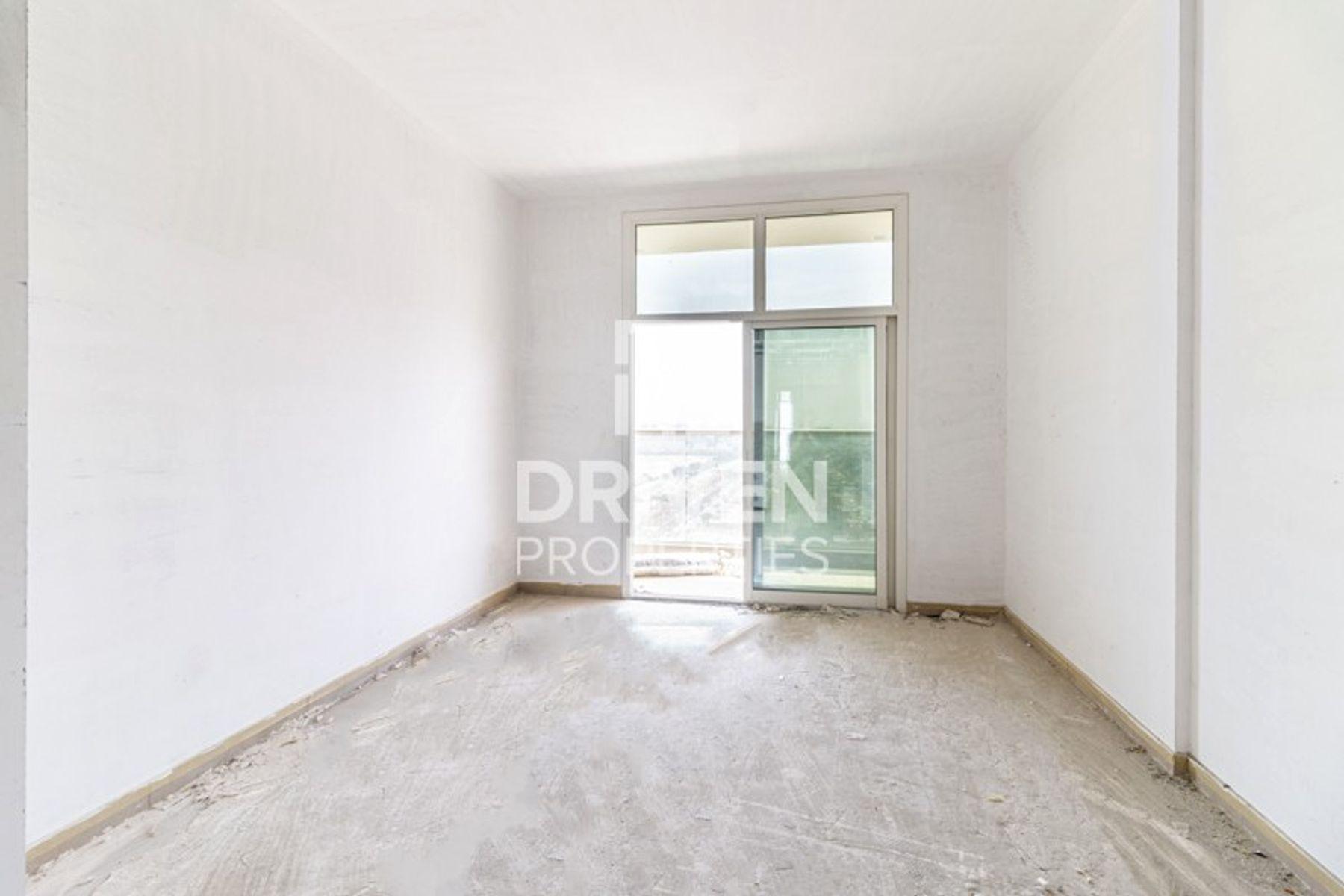 387 قدم مربع  ستوديو - للبيع - الفرجان