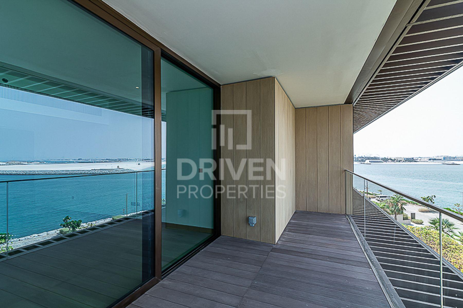 Elegant & Huge Apartment | Full Sea View