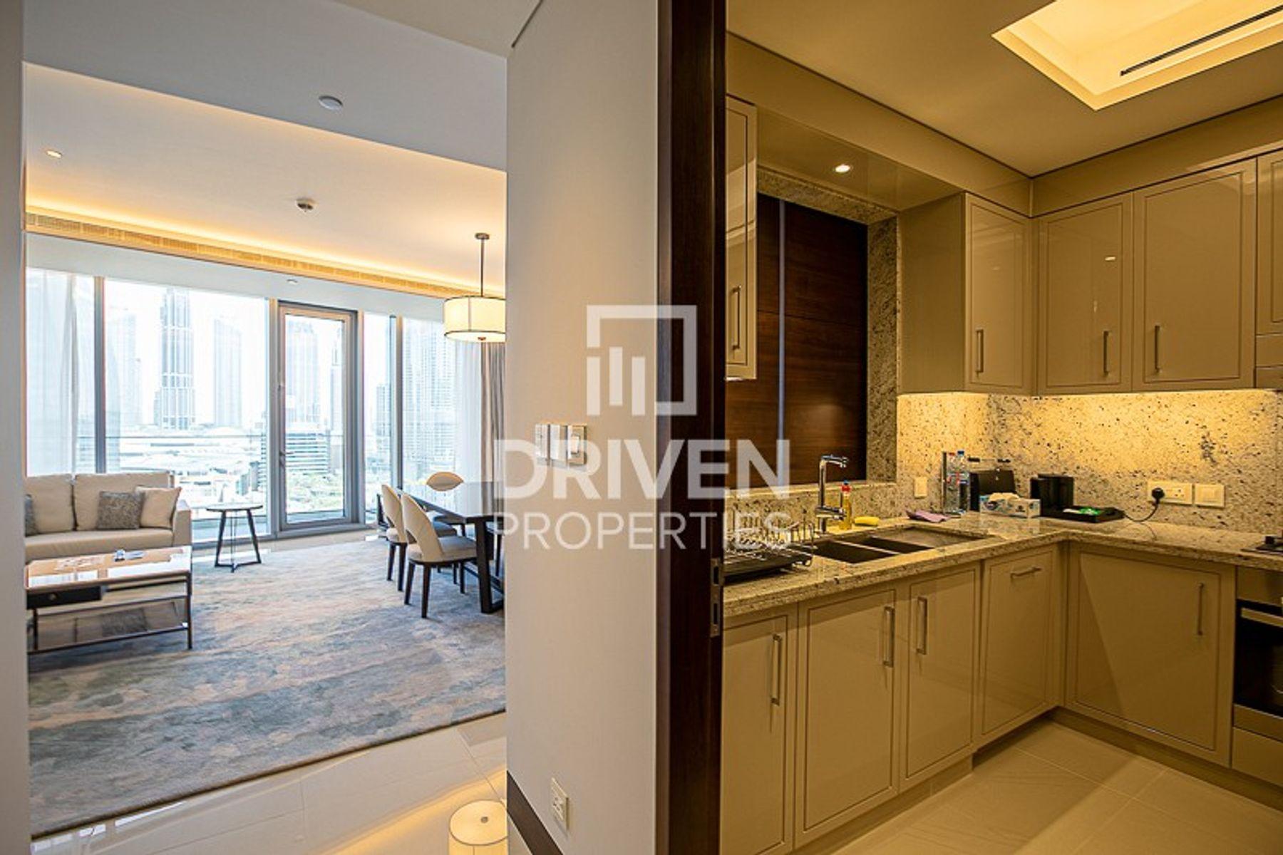 1,329 قدم مربع  شقة - للبيع - دبي وسط المدينة