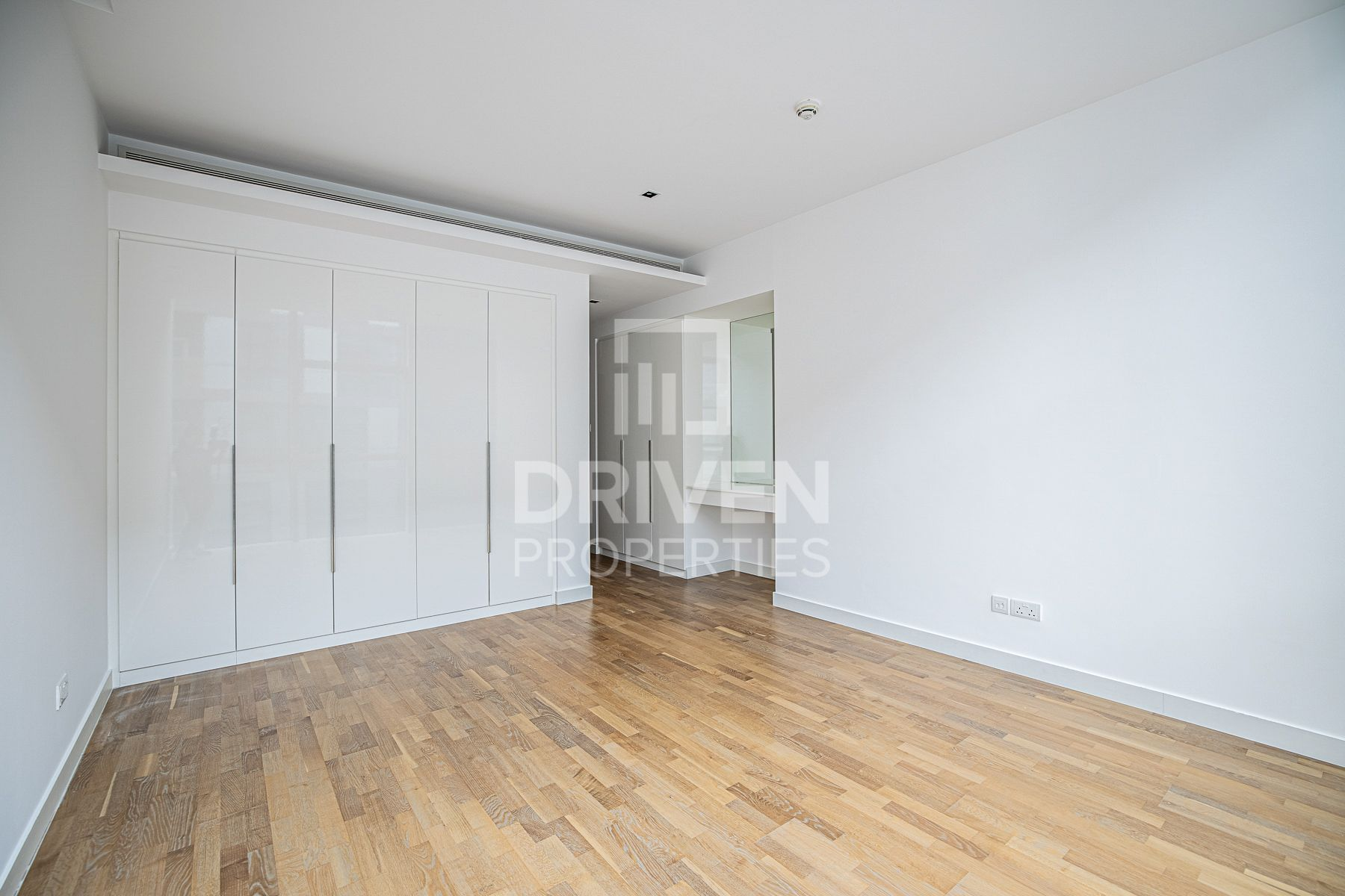 Apartment for Sale in Building 22 - City Walk