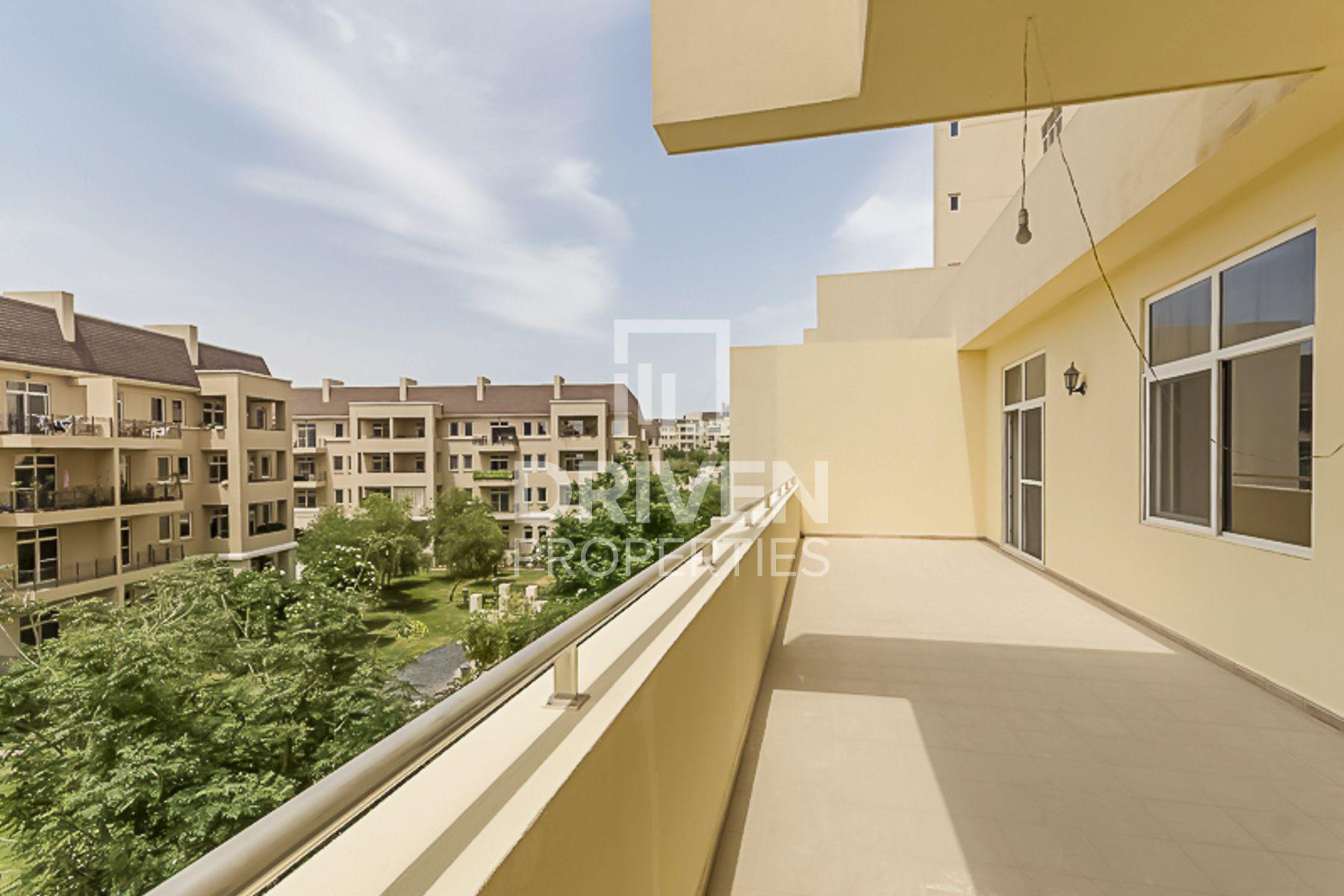 Apartment for Sale in New Bridge Hills 3 - Motor City