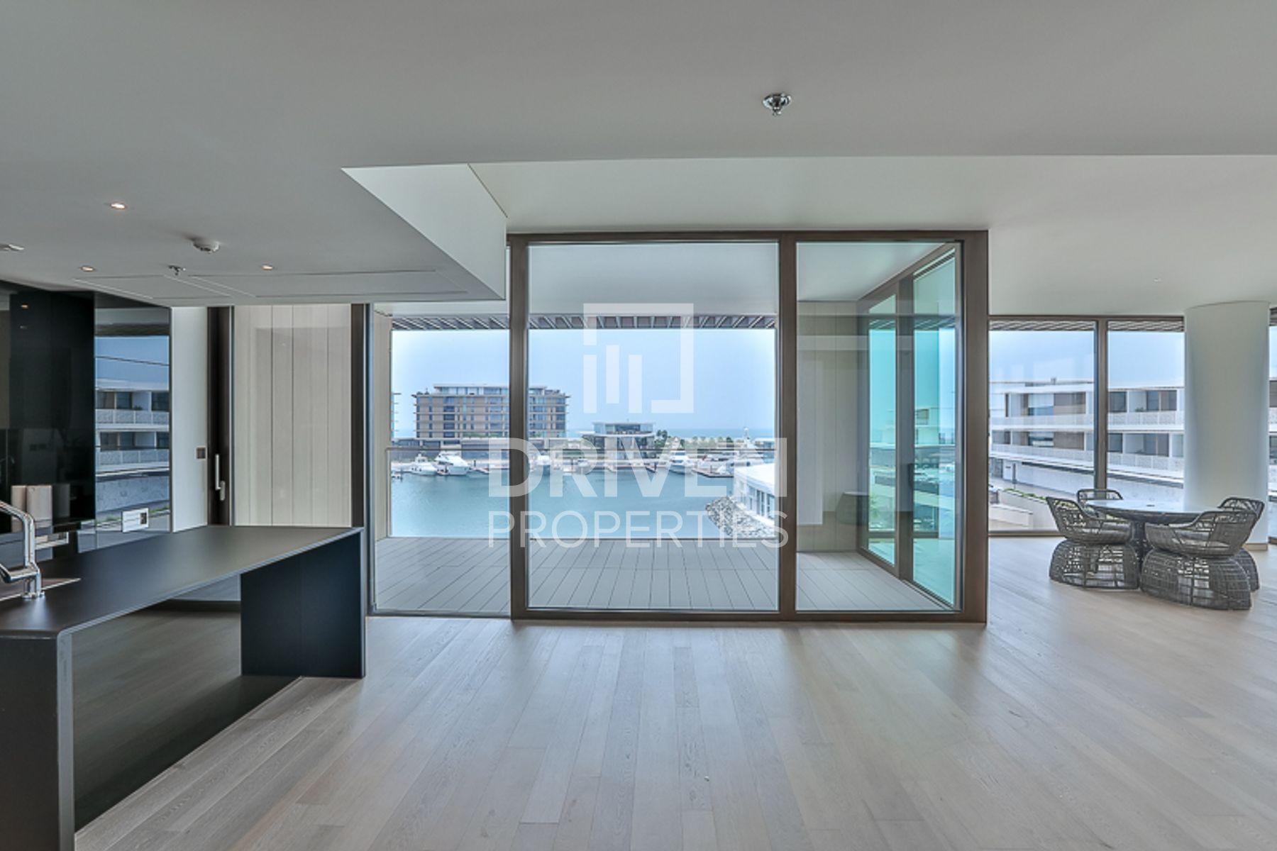 3,142 قدم مربع  شقة - للبيع - الجميرا