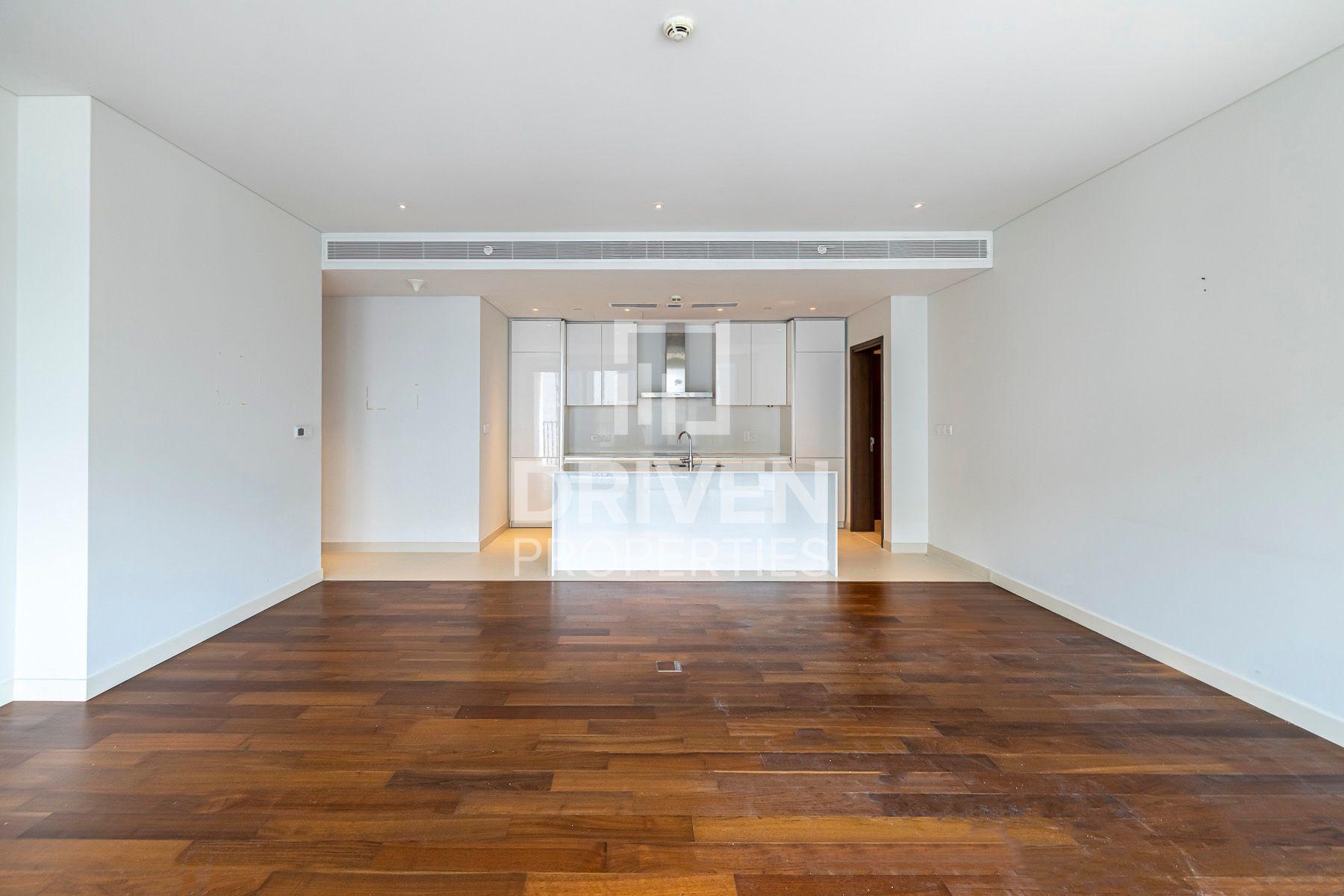 1,595 قدم مربع  شقة - للايجار - سيتي ووك