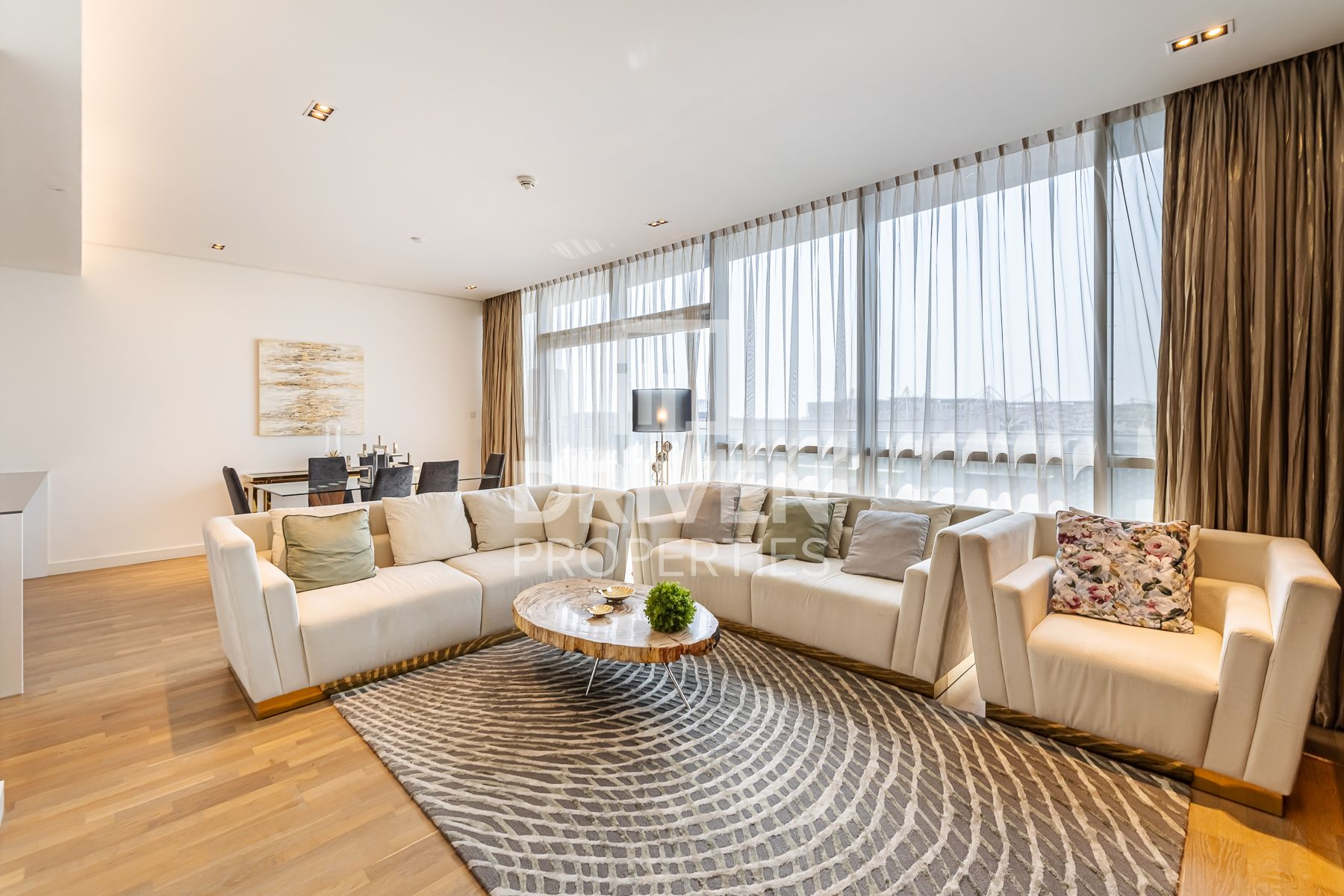 Cozy and Furnished Apt | Boulevard Views