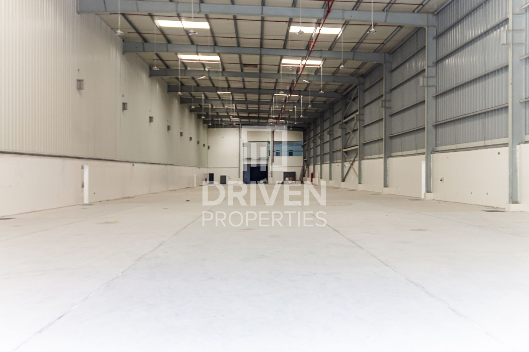 Best Priced Warehouse in Jafza Freezone