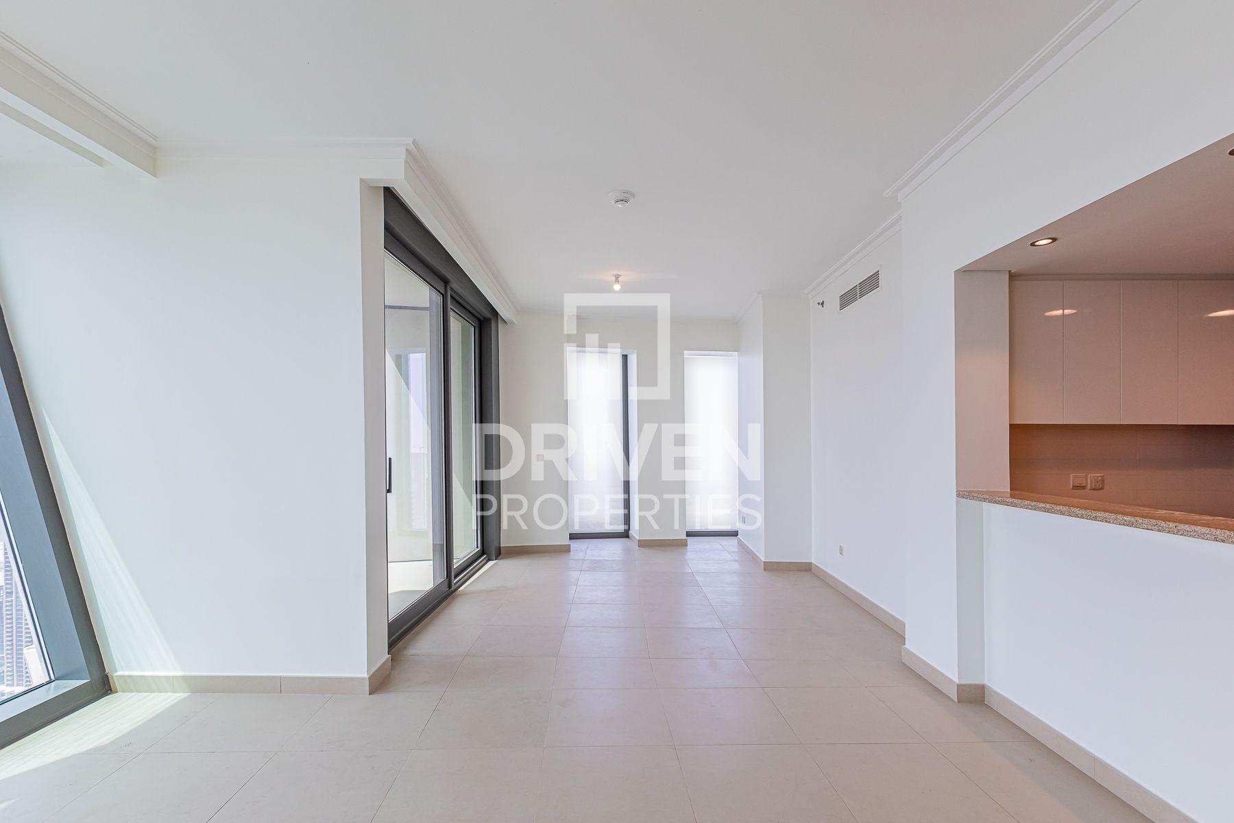 1,269 قدم مربع  شقة - للايجار - دبي وسط المدينة