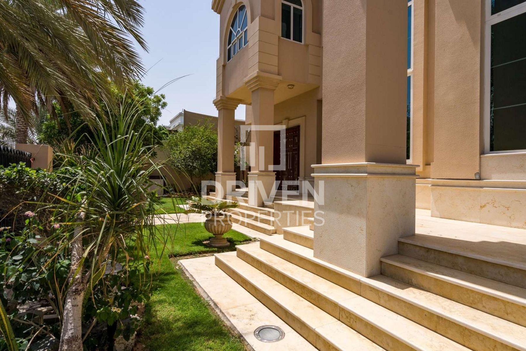 Villa for Sale in Al Manara - Al Manara
