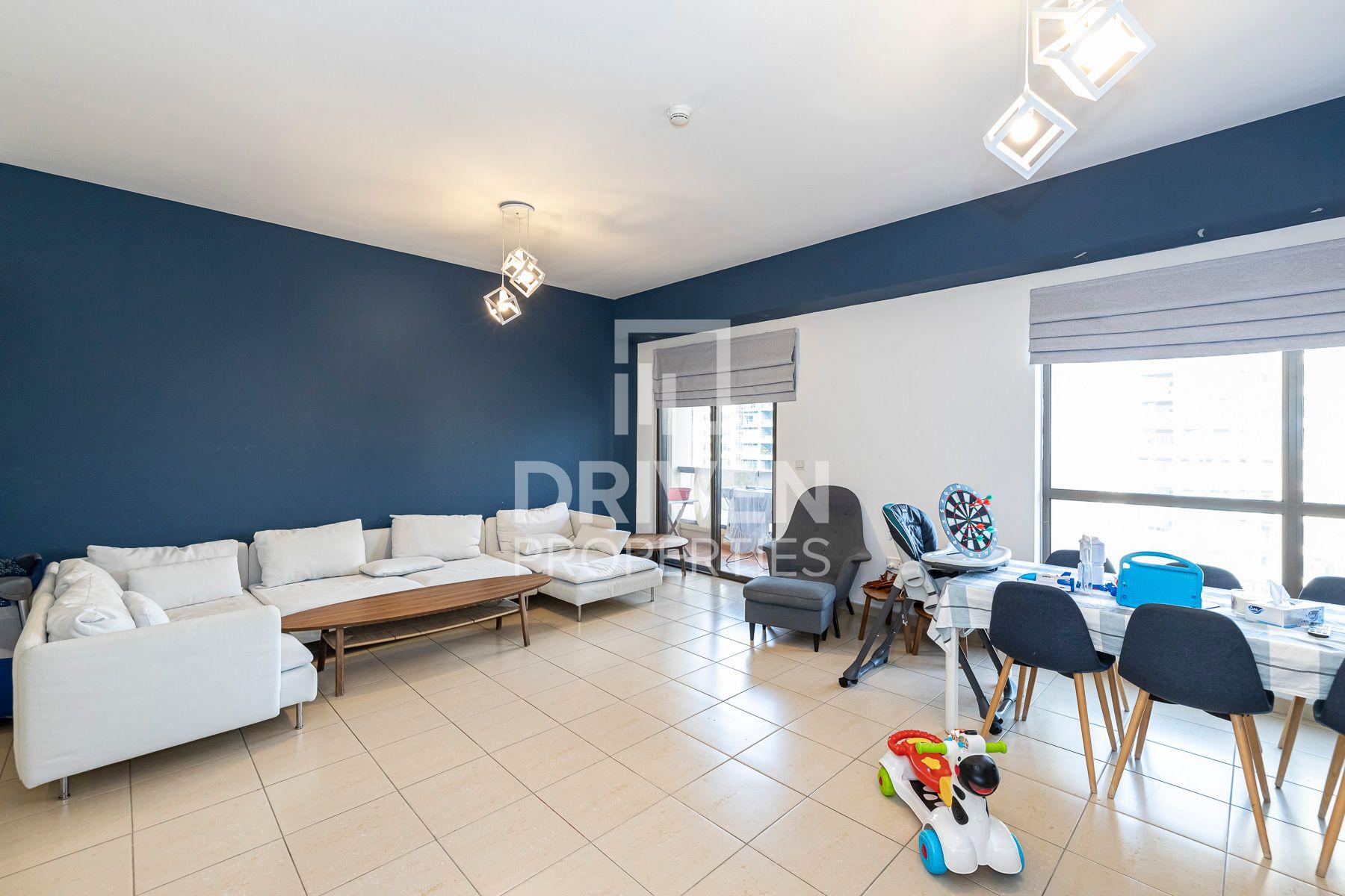1,405 قدم مربع  شقة - للايجار - مساكن شاطئ الجميرا