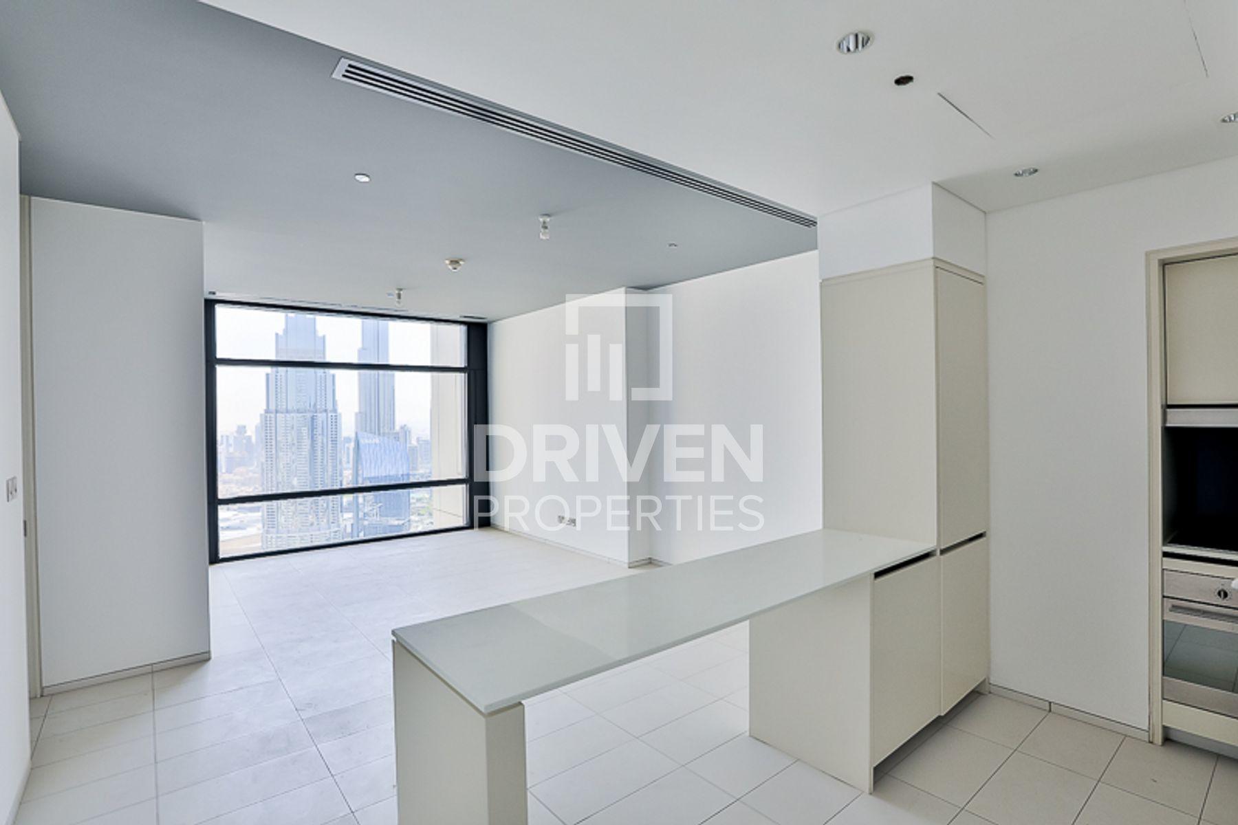 967 قدم مربع  شقة - للايجار - مركز دبي المالي العالمي