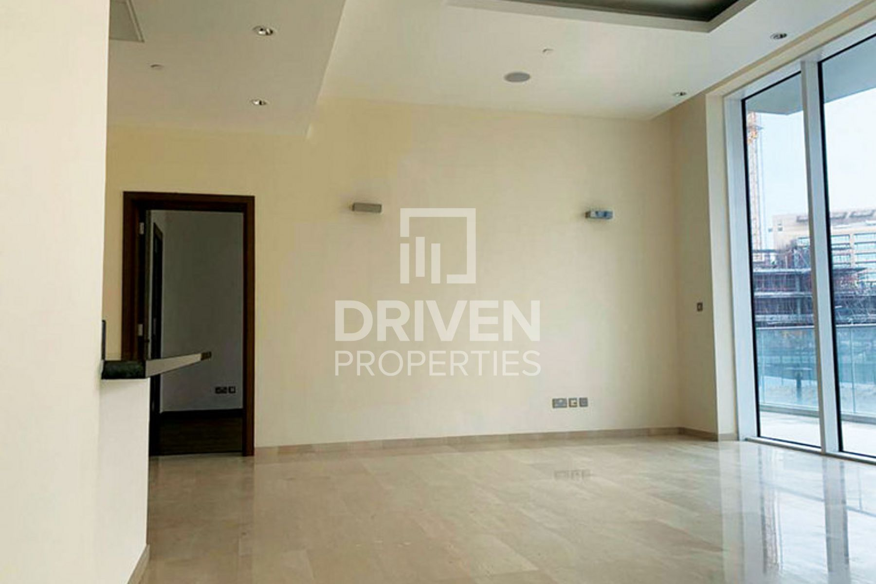 Best Deal, Beautiful and Spacious Apartment